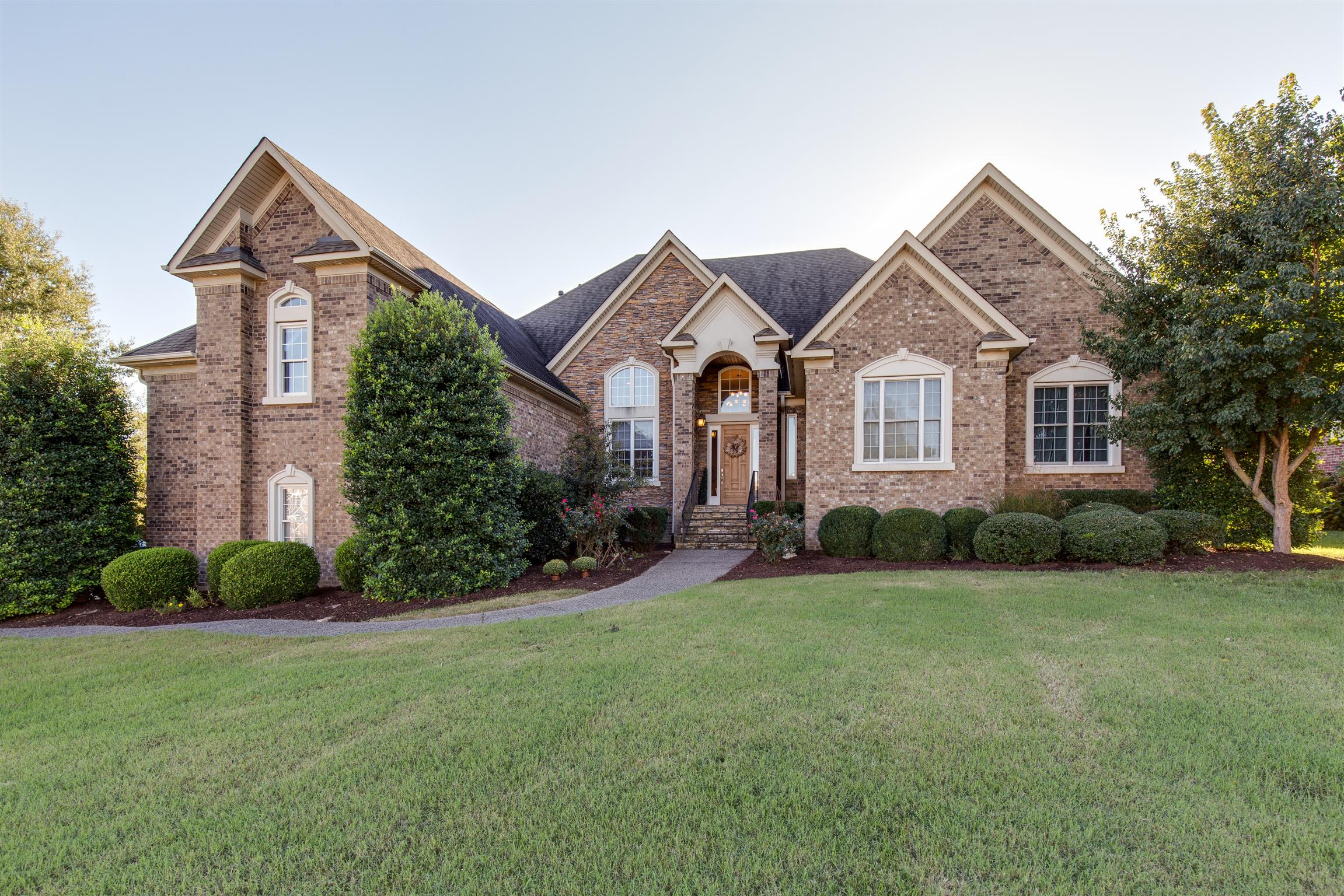 1008 Heathrow Dr, Hendersonville, Tennessee