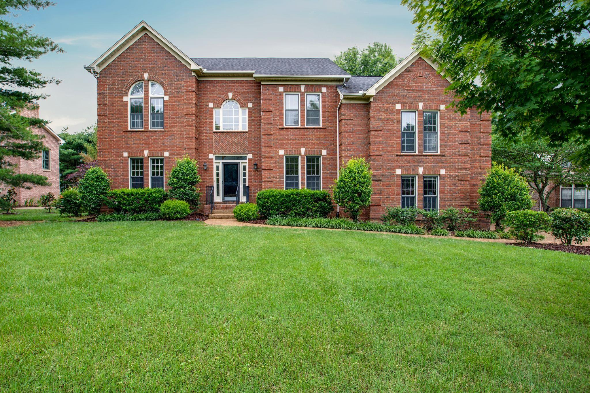 905 Grapevine Lane, Bellevue, Tennessee