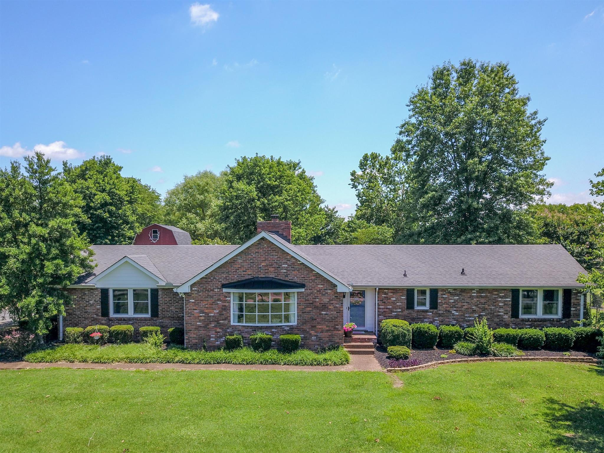 1408 Shoreside Dr, Hendersonville in Sumner County County, TN 37075 Home for Sale