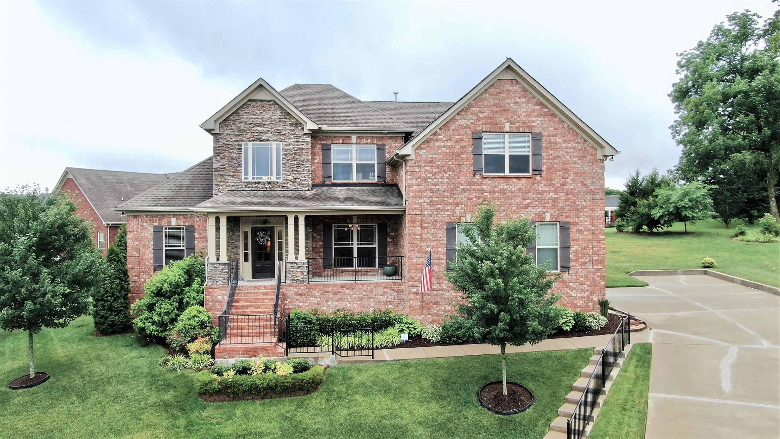 813 Fanning Ct 37066 - One of Gallatin Homes for Sale