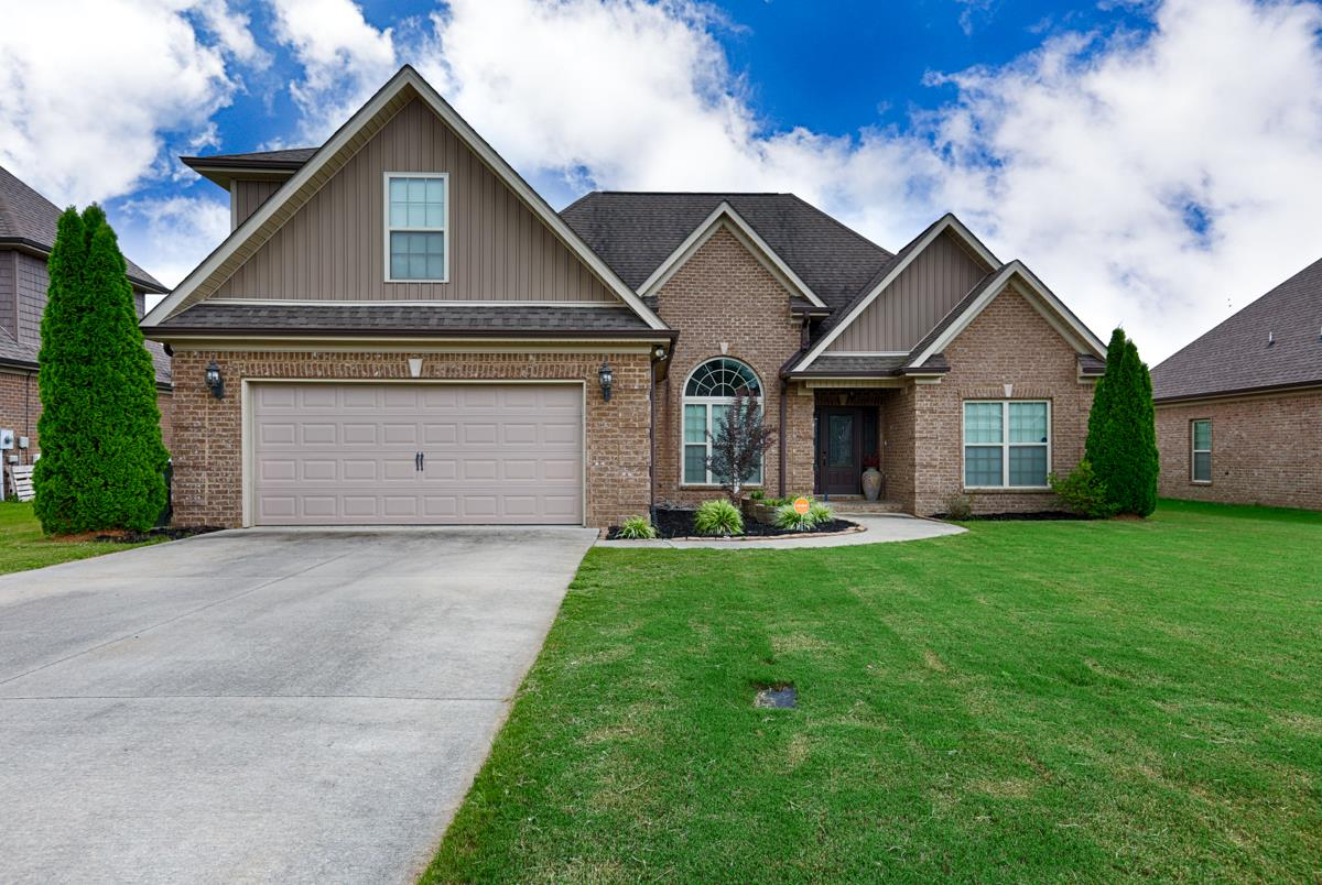 One of Athens 3 Bedroom Homes for Sale at 22712 Oakdale Ridge Ln