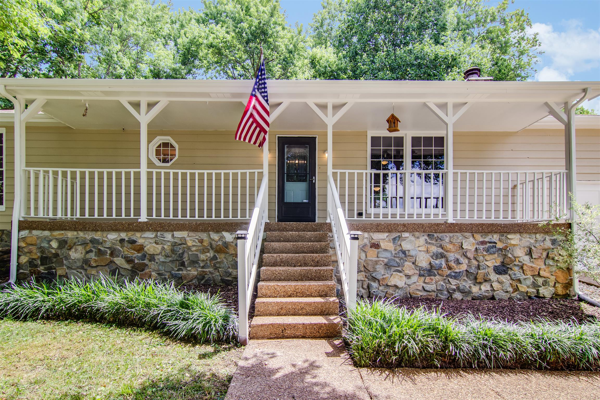 704 Stone Creek Ct, Bellevue in Davidson County County, TN 37221 Home for Sale