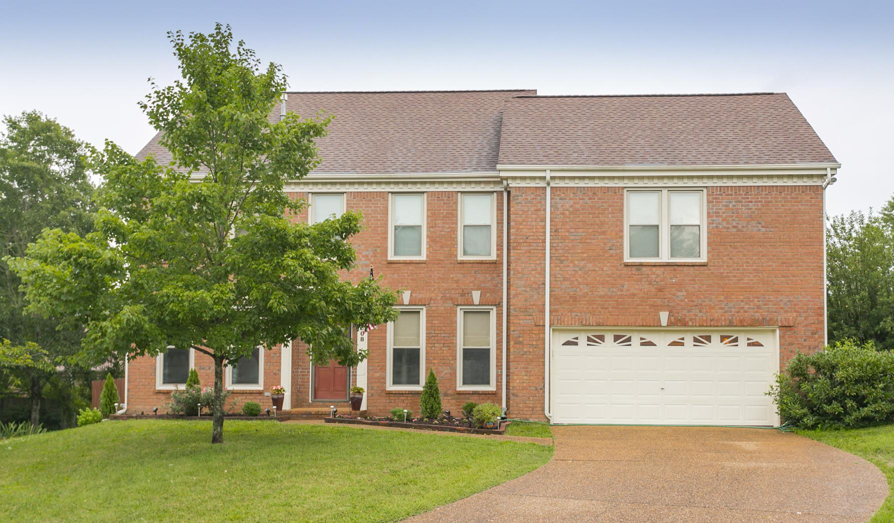 608 S Riverbend Ct, Bellevue, Tennessee