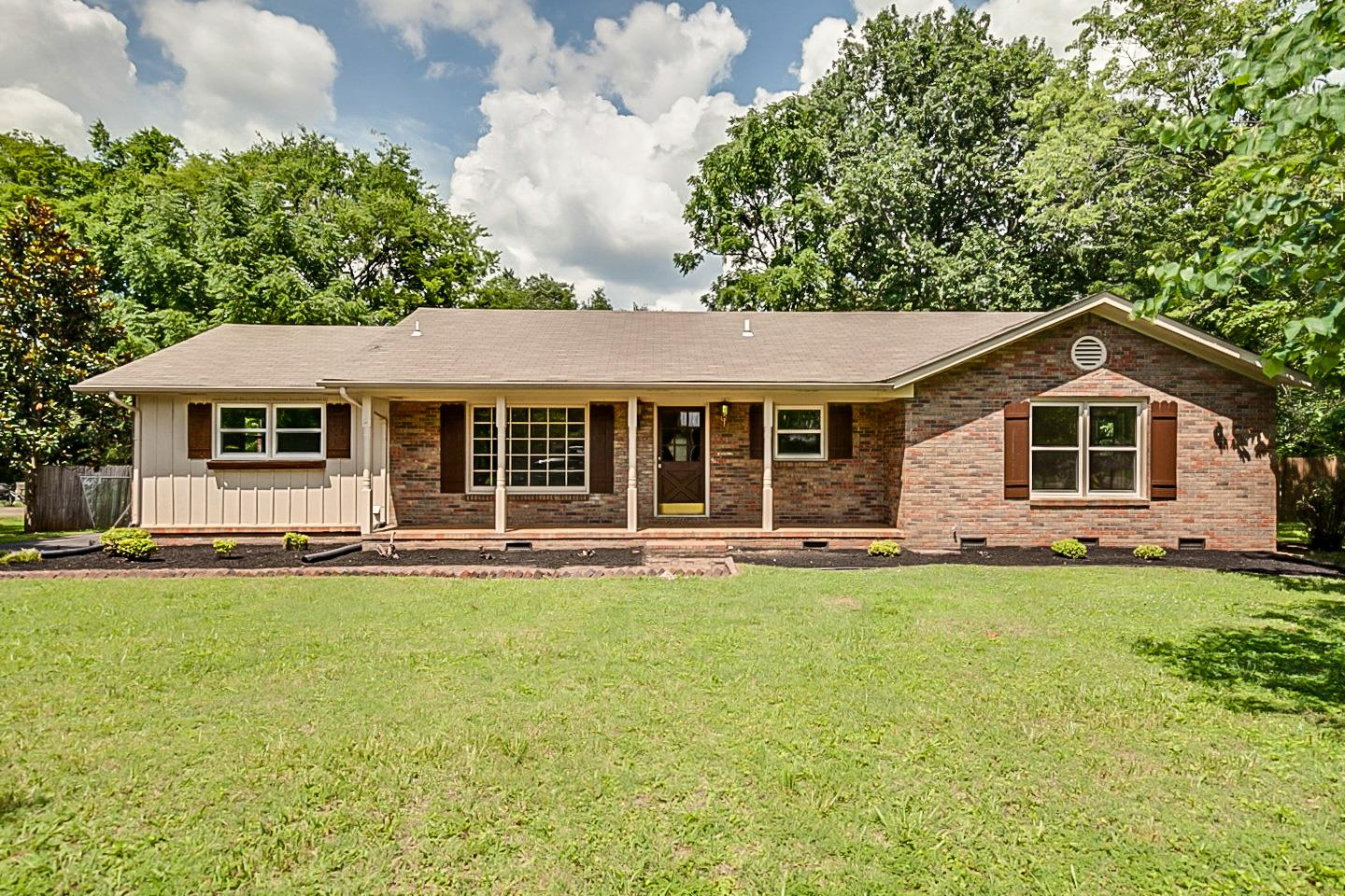 2218 Oakhaven Dr 37129 - One of Murfreesboro Homes for Sale