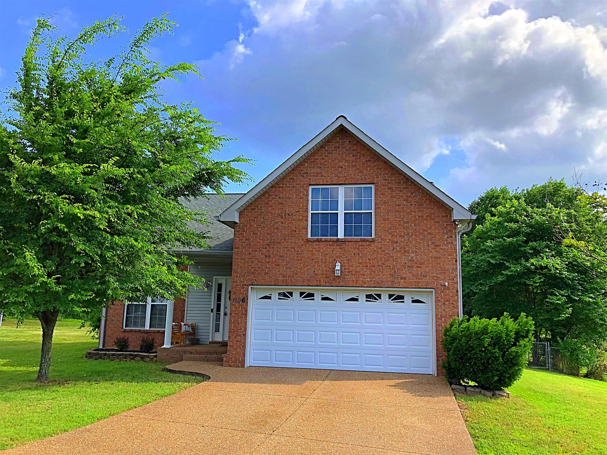 1196 Flat Stone Dr 37066 - One of Gallatin Homes for Sale