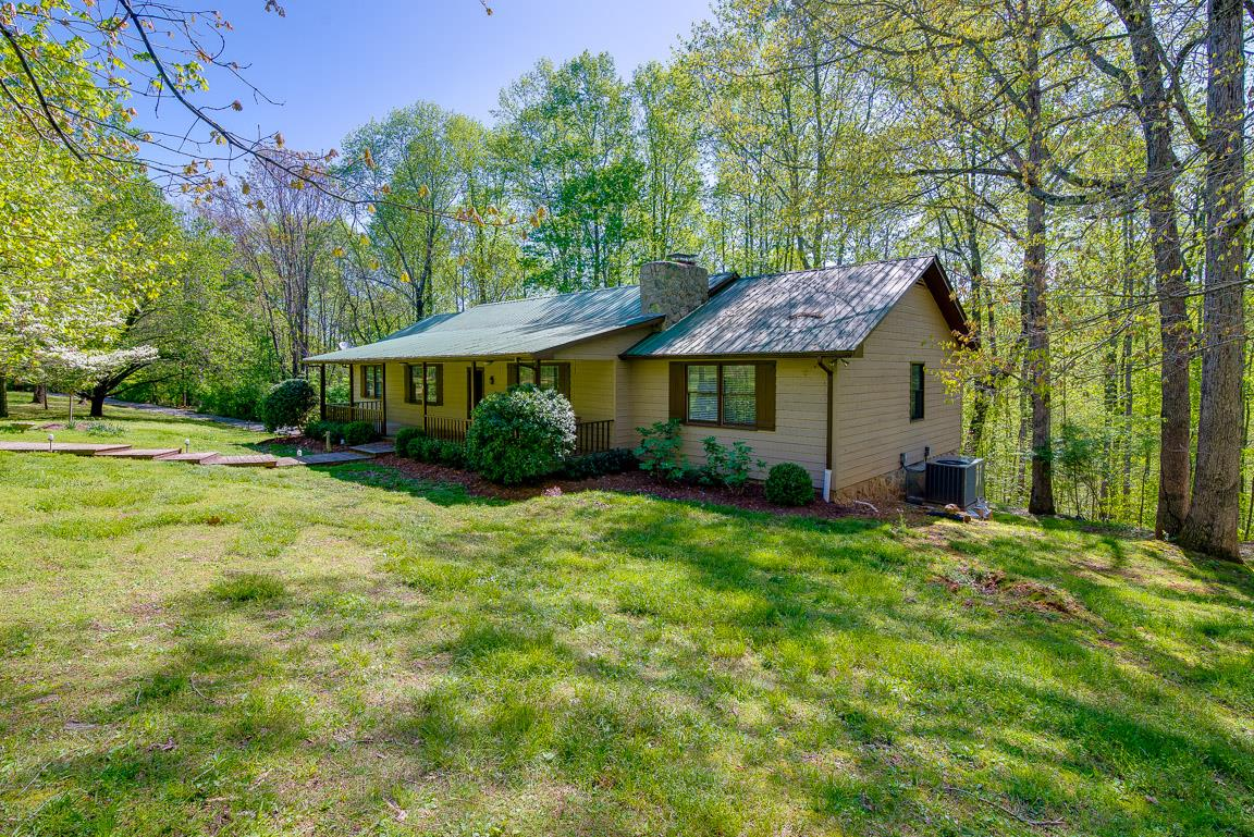 456 Deer Ridge Ln, Bellevue in Davidson County County, TN 37221 Home for Sale