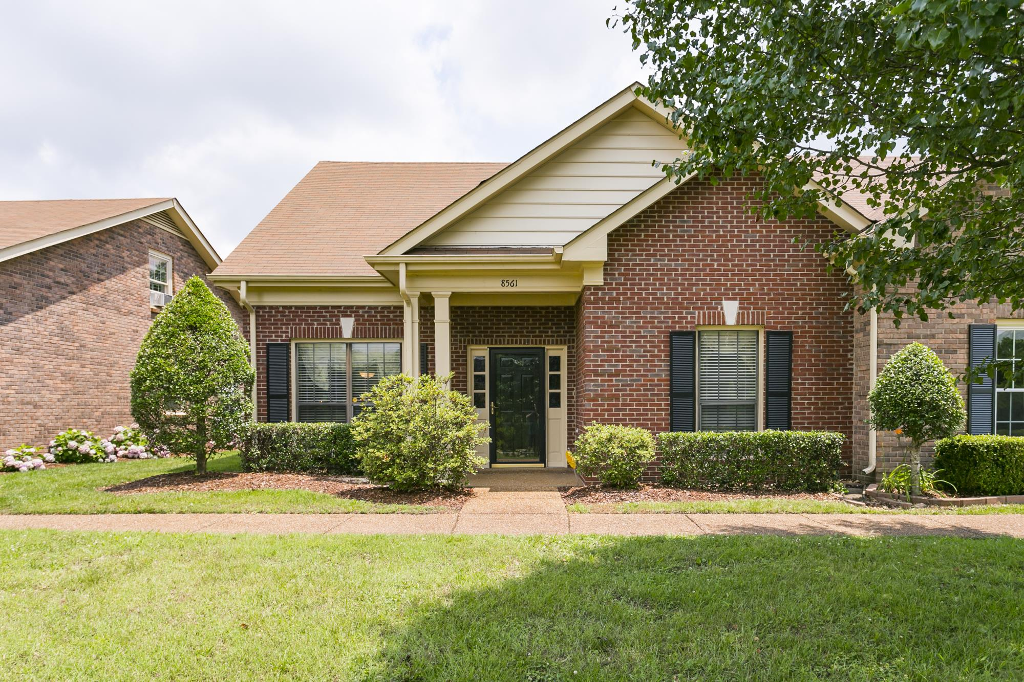 8561 Sawyer Brown Rd, Bellevue in Davidson County County, TN 37221 Home for Sale