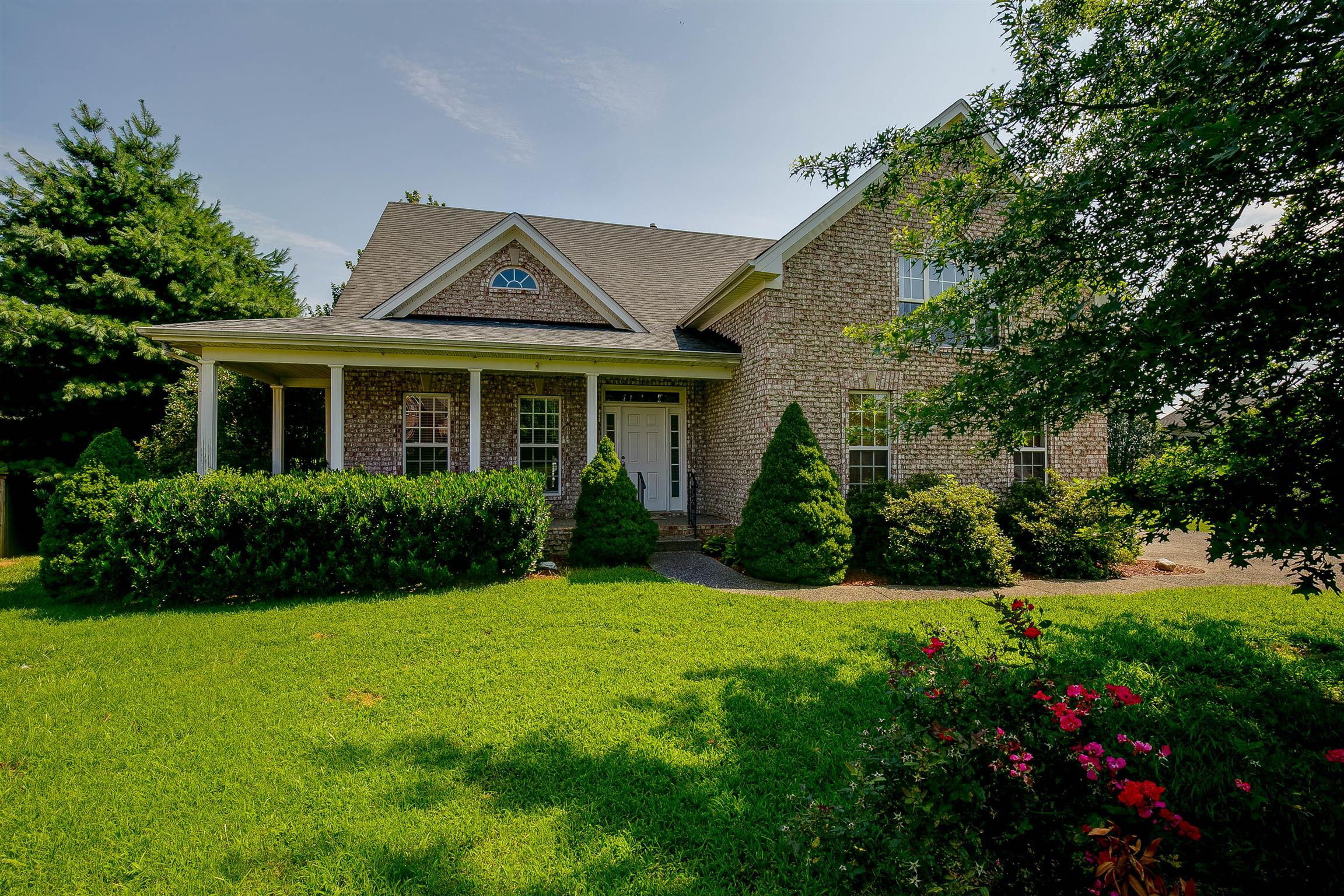 106 Latham Ct, Hendersonville in Sumner County County, TN 37075 Home for Sale