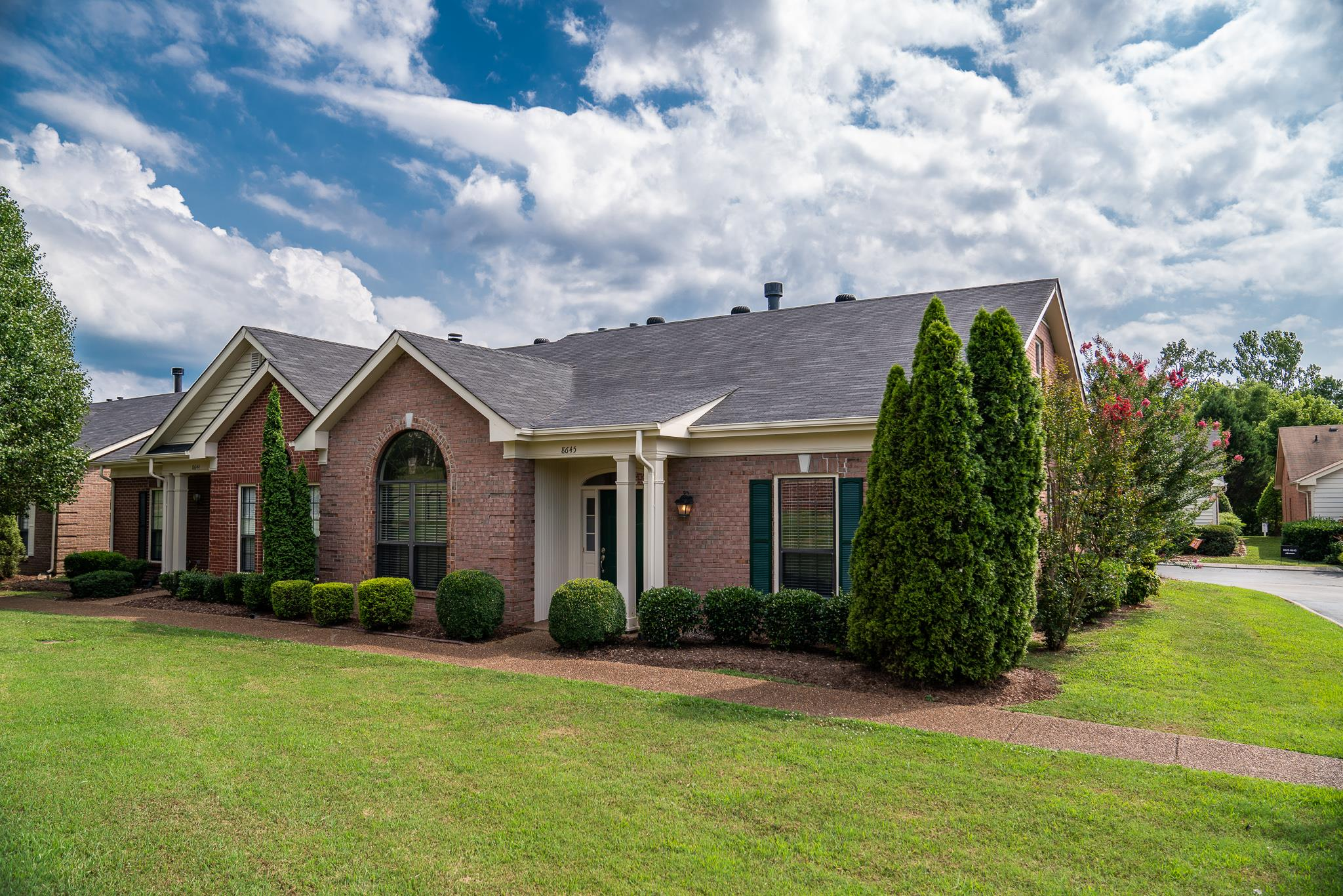 8645 Sawyer Brown Rd, Bellevue in Davidson County County, TN 37221 Home for Sale