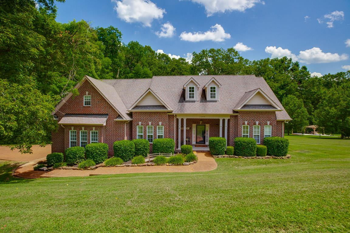 1204 Benton Hill Dr, Mount Juliet in Wilson County County, TN 37122 Home for Sale