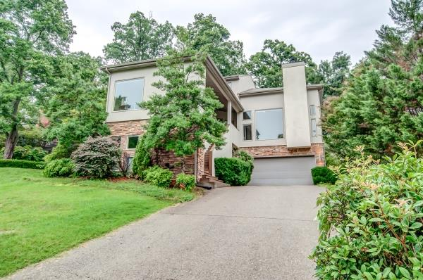 528 Harpeth Trace Dr, Bellevue, Tennessee