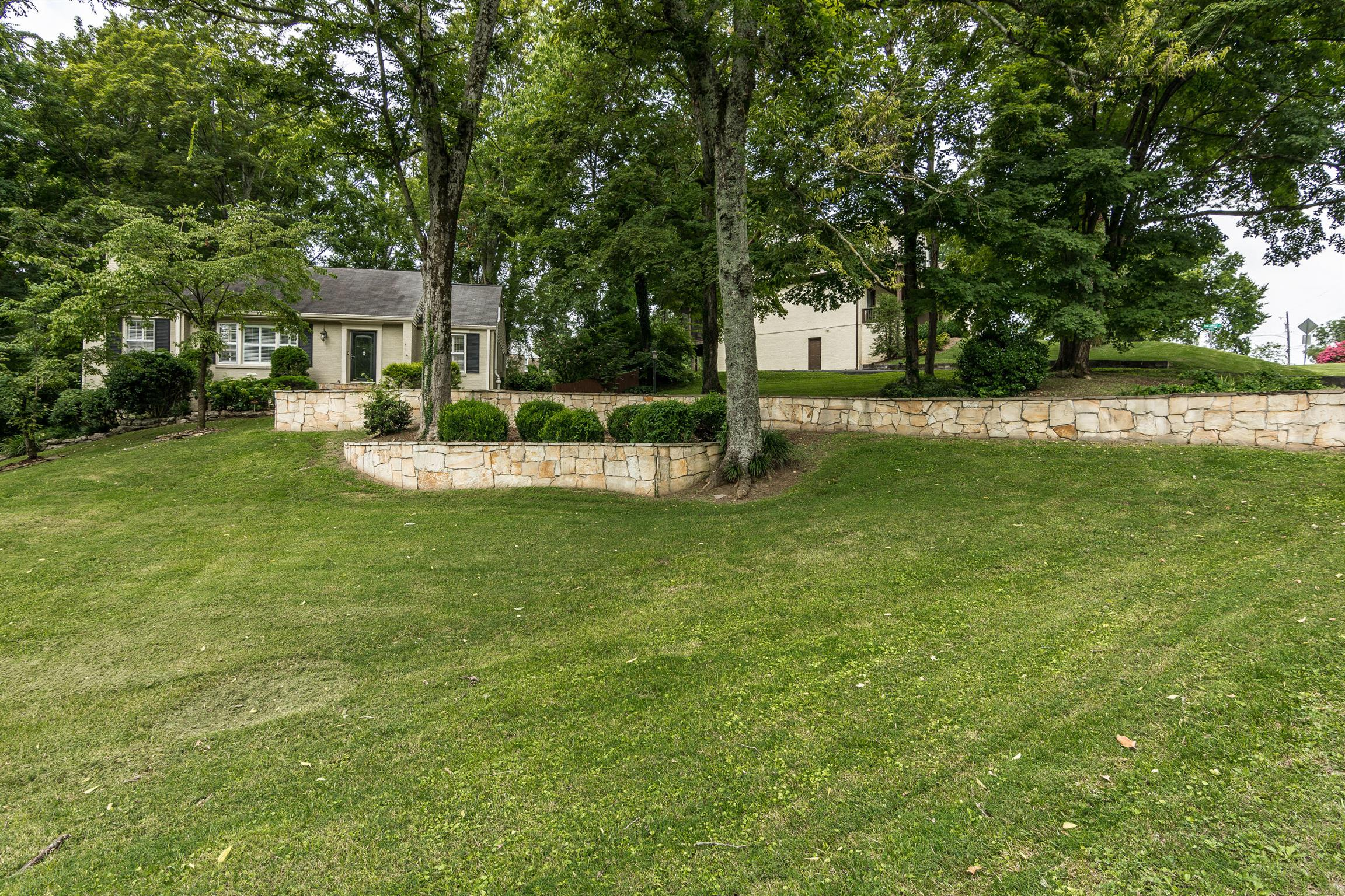 1109 Brookmeade Dr, Nashville-Southeast, Tennessee