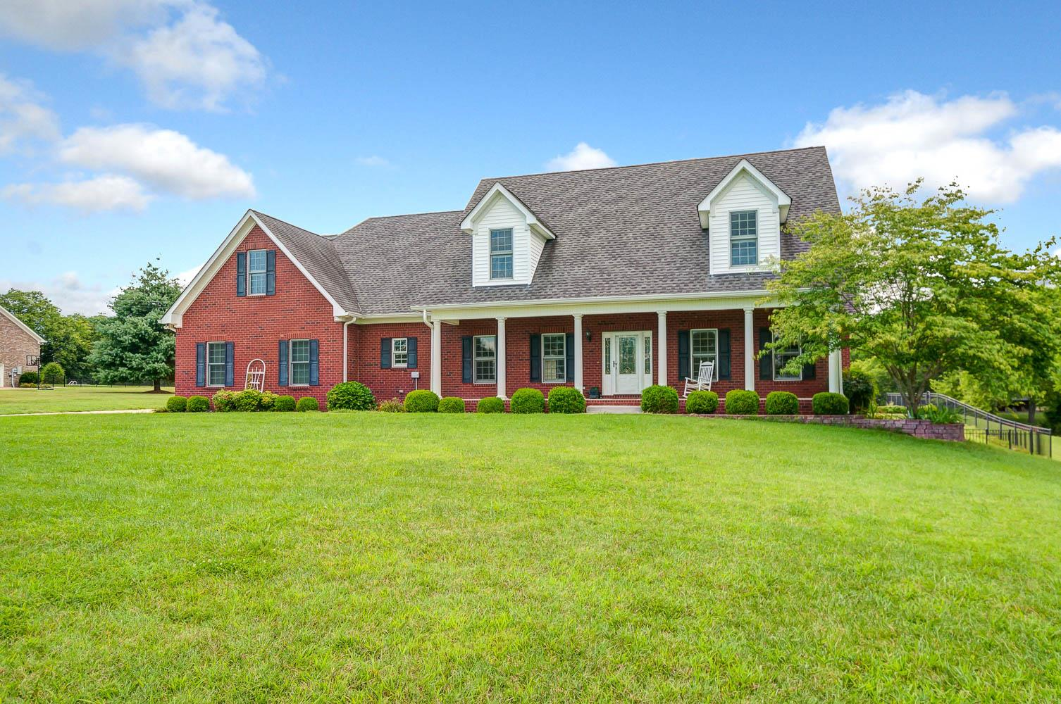 2801 Buckner Ln, Spring Hill, Tennessee 3 Bedroom as one of Homes & Land Real Estate