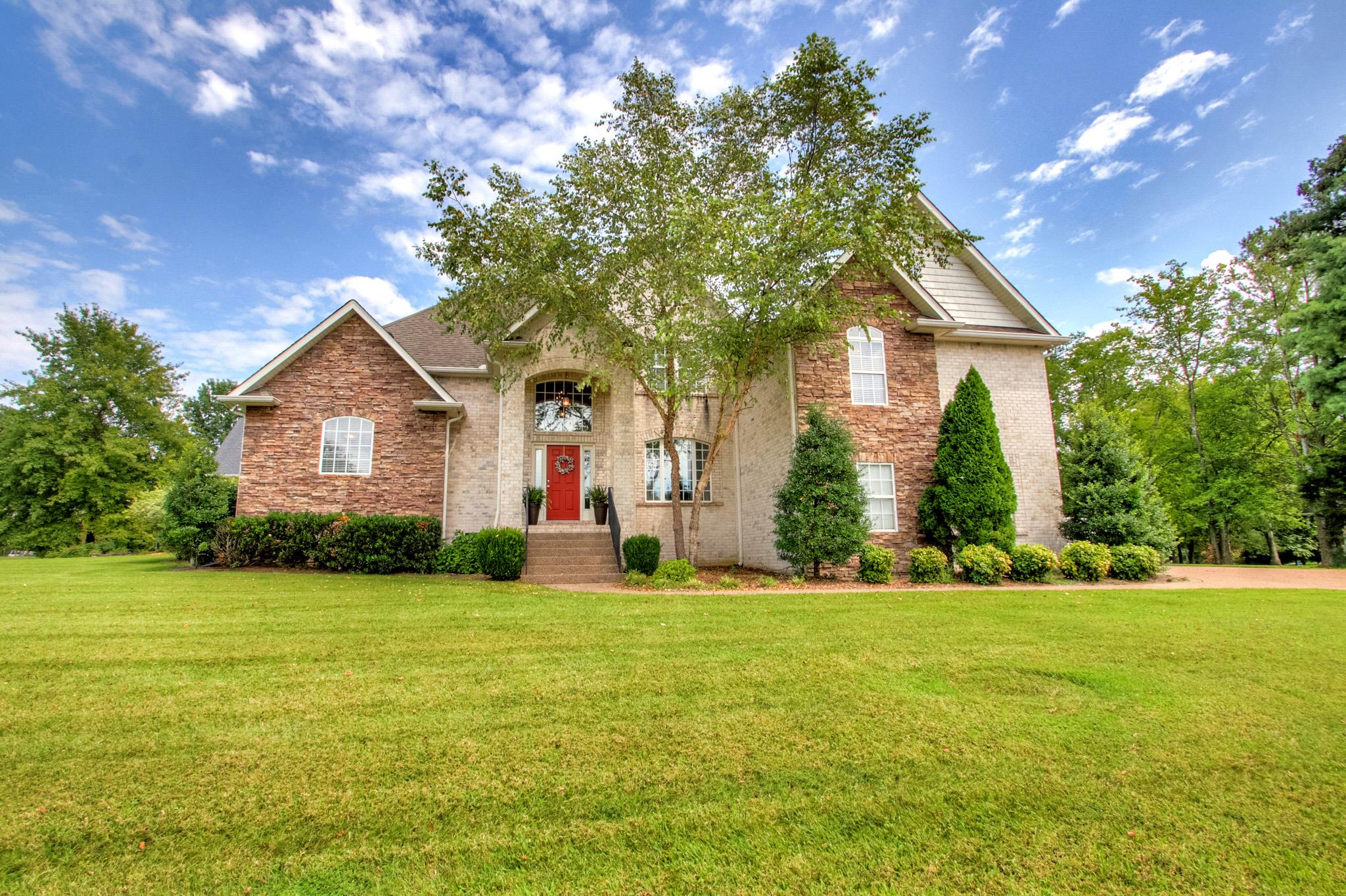 1028 Grassland Chase Dr 37066 - One of Gallatin Homes for Sale