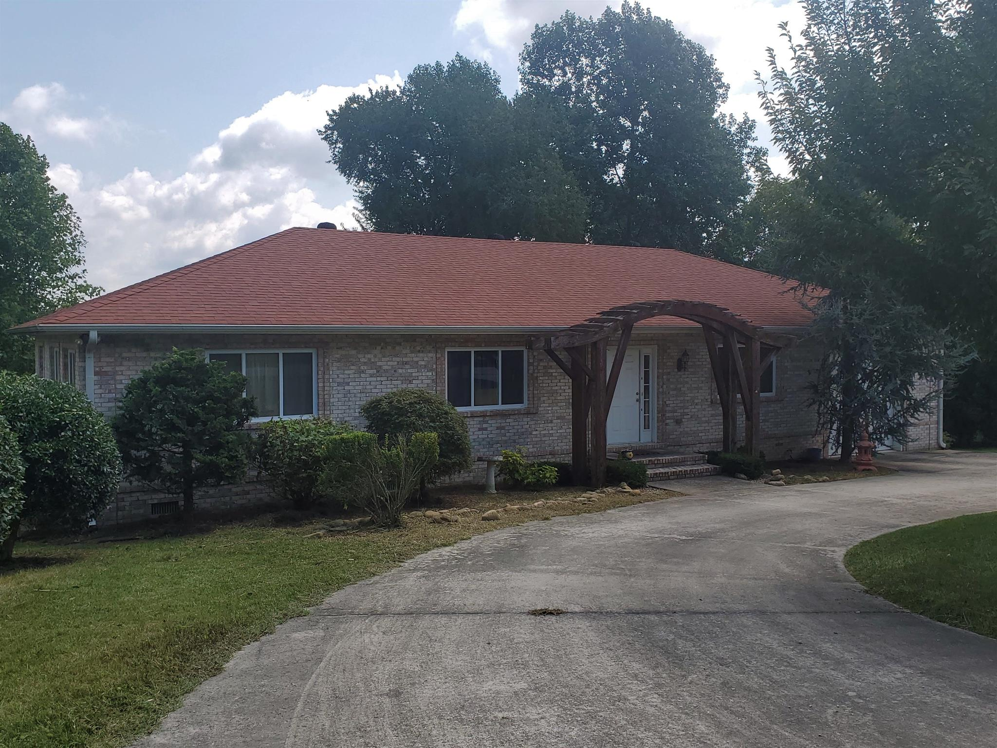 2638 Powers Bridge Rd, Manchester, Tennessee