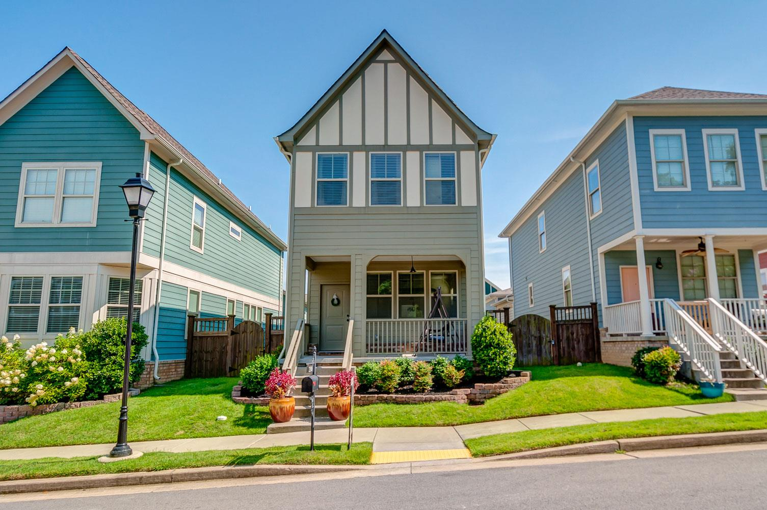 One of Nashville-Antioch 3 Bedroom Homes for Sale at 2308 Somerset Valley Dr