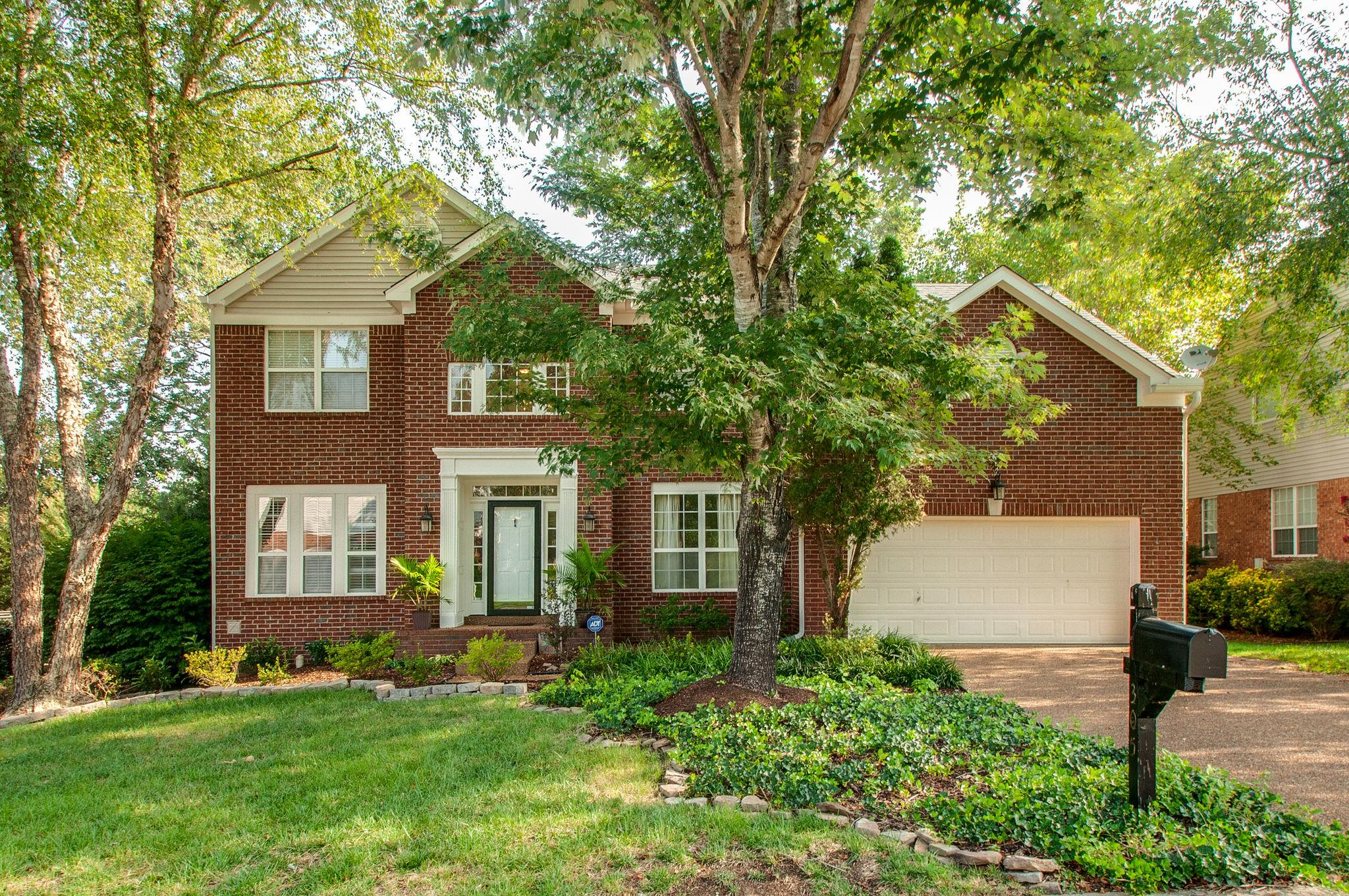 305 East Griffin Ct, Bellevue in Davidson County County, TN 37221 Home for Sale