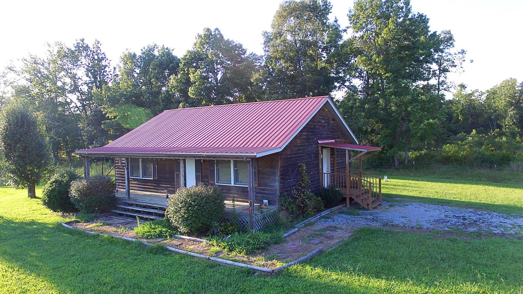 508 Lucy Mae Ln, Manchester, Tennessee 2 Bedroom as one of Homes & Land Real Estate