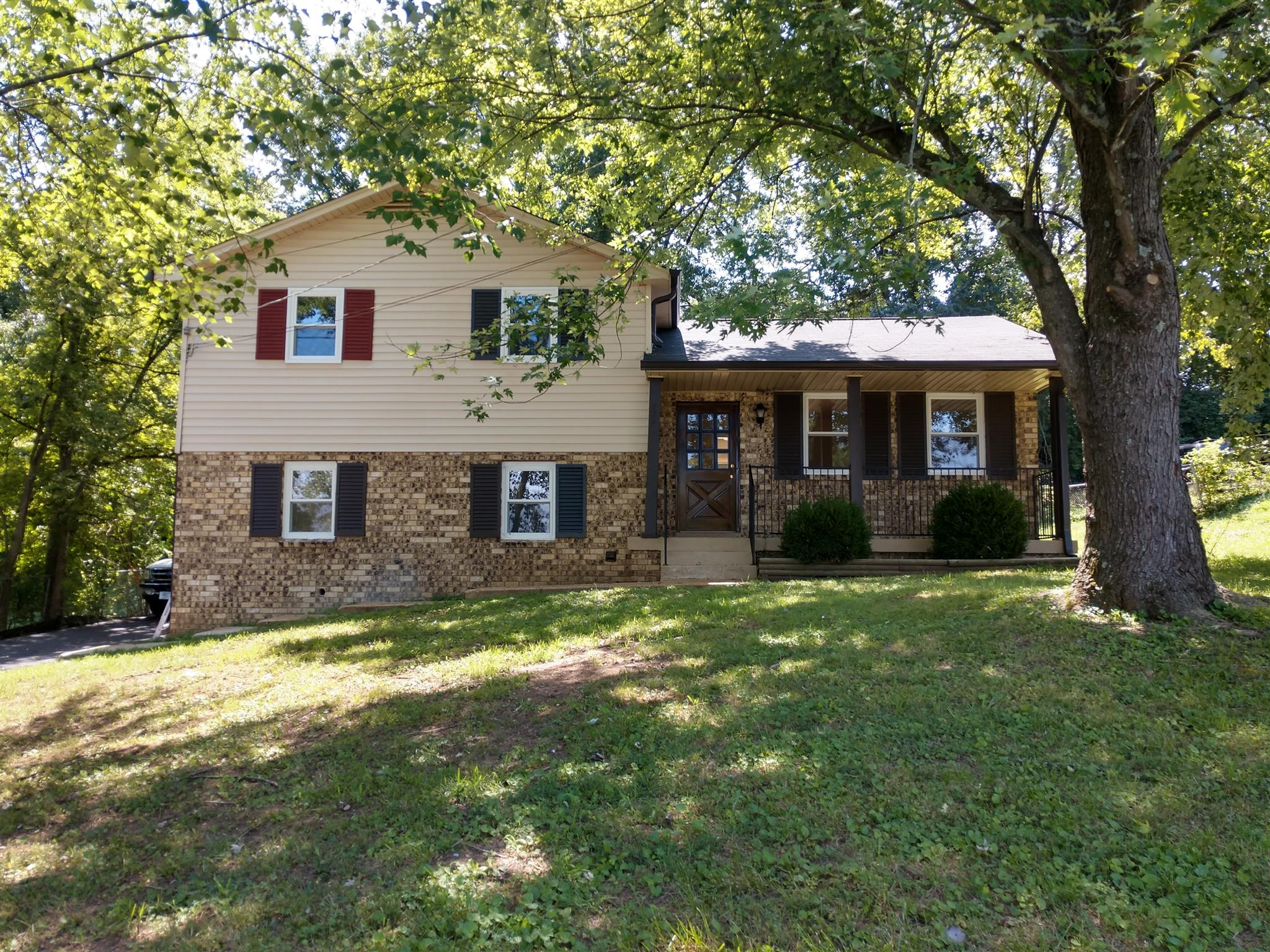 832 Hermitage Rdg, Hermitage in Davidson County County, TN 37076 Home for Sale