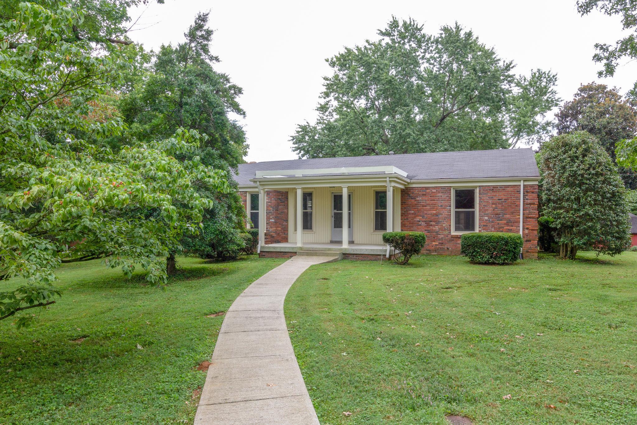 317 Randall Dr, Crieve Hill, Tennessee