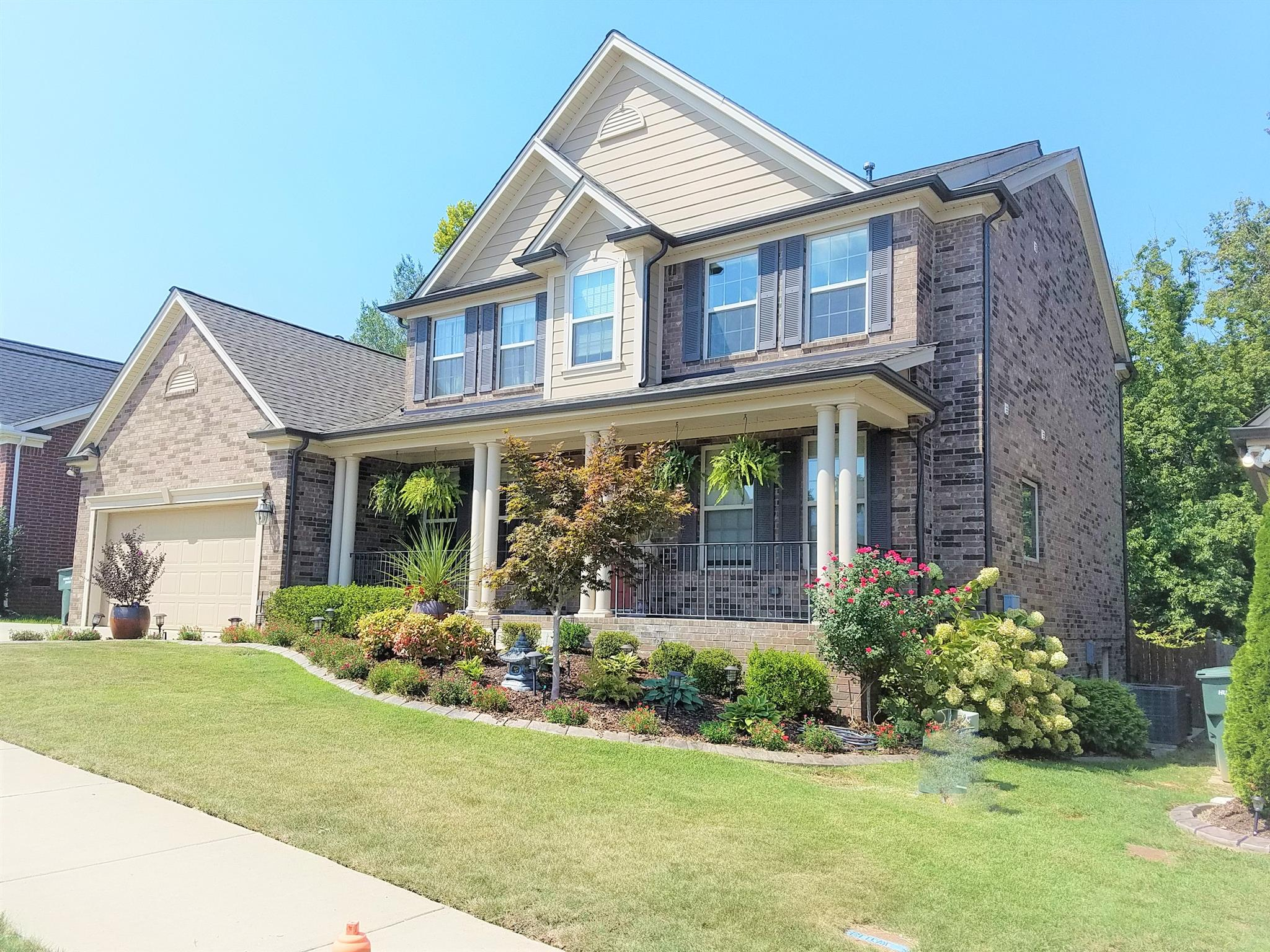 8528 Beautiful Valley Drive, Bellevue, Tennessee
