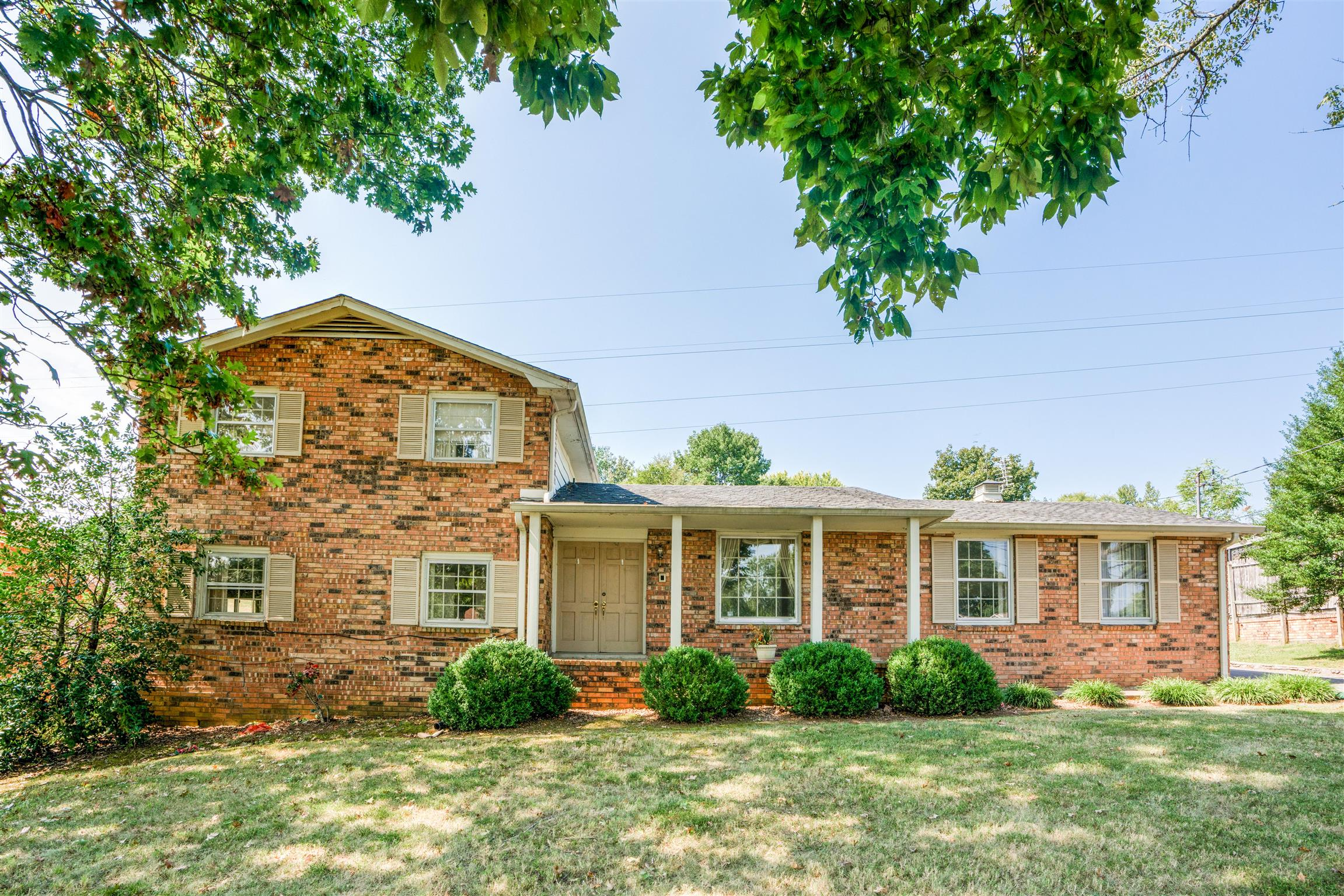 2935 Walnut Crest Dr, Nashville-Antioch in Davidson County County, TN 37013 Home for Sale