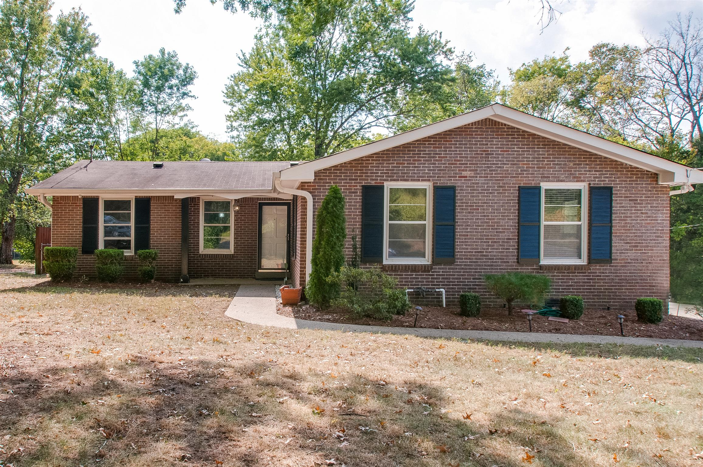 605 Meadow Lane Dr, Bellevue in Davidson County County, TN 37221 Home for Sale