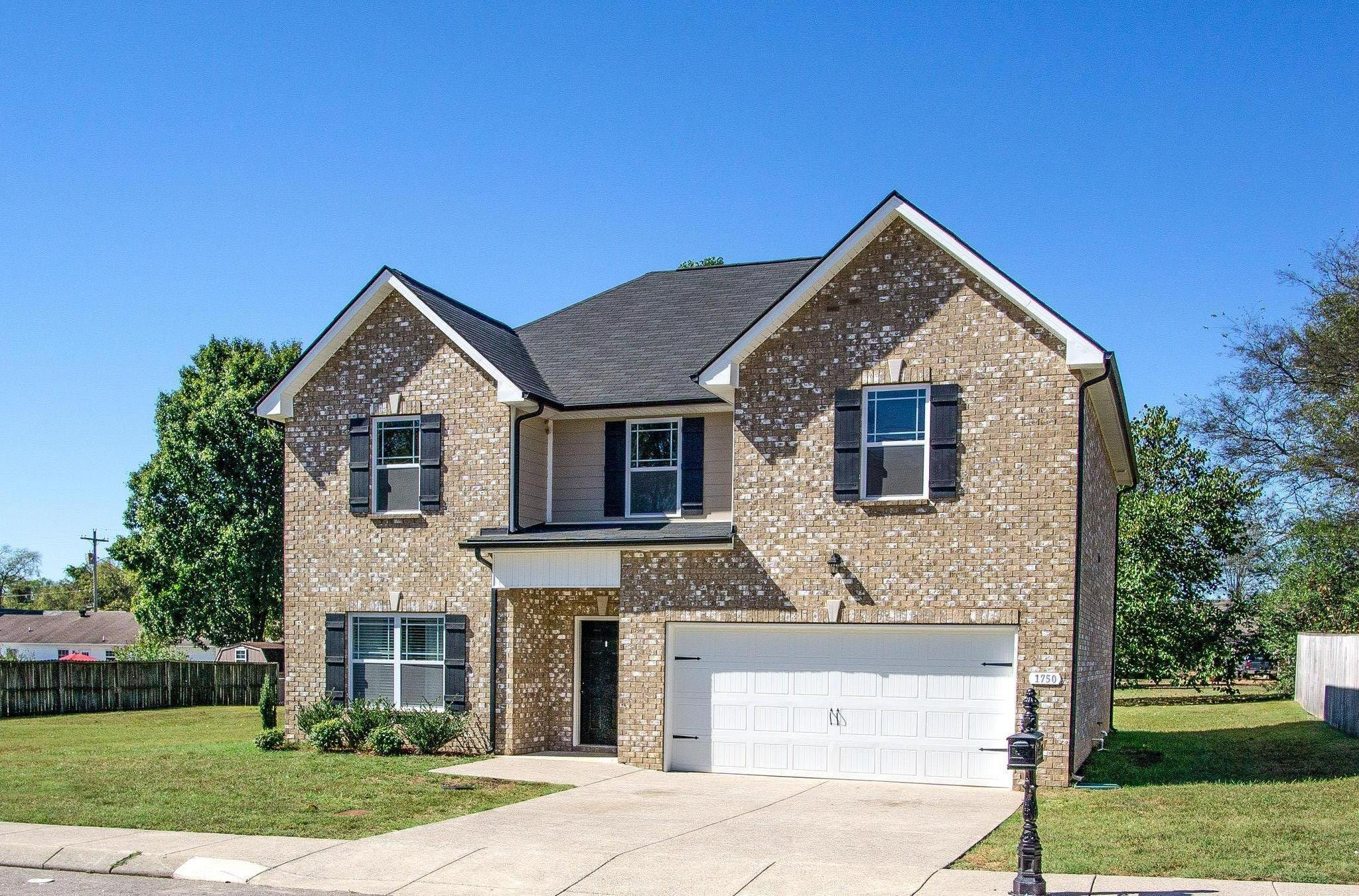 1750 Auburn Ln 38401 - One of Columbia Homes for Sale