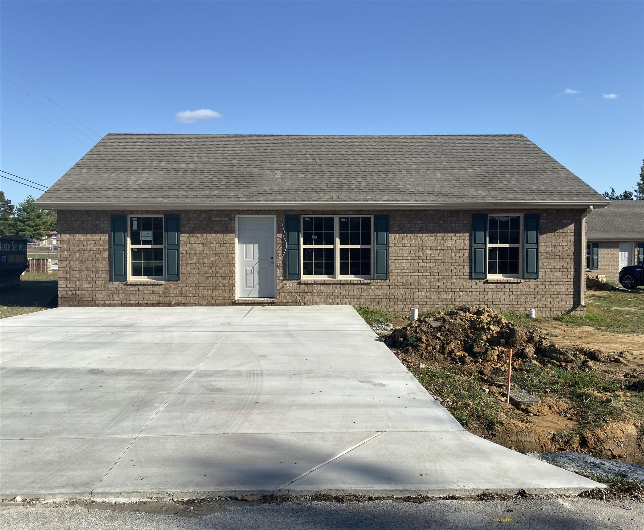 409 Hendrixson Drive, Manchester, Tennessee
