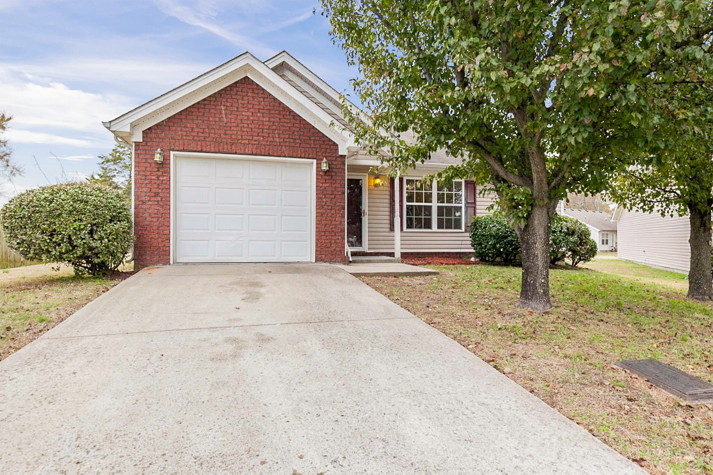 1217 Hartfield Ct, Nashville-Antioch in Davidson County County, TN 37013 Home for Sale