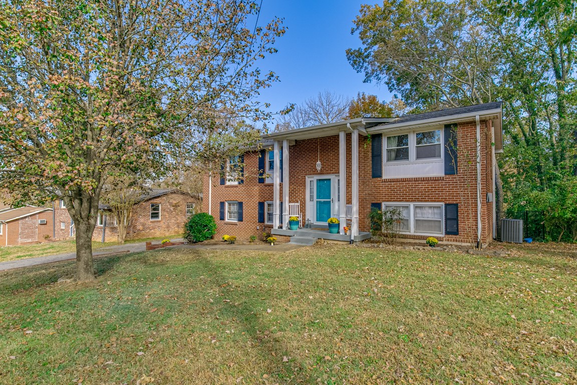 324 Bonnahurst Dr, Hermitage in Davidson County County, TN 37076 Home for Sale