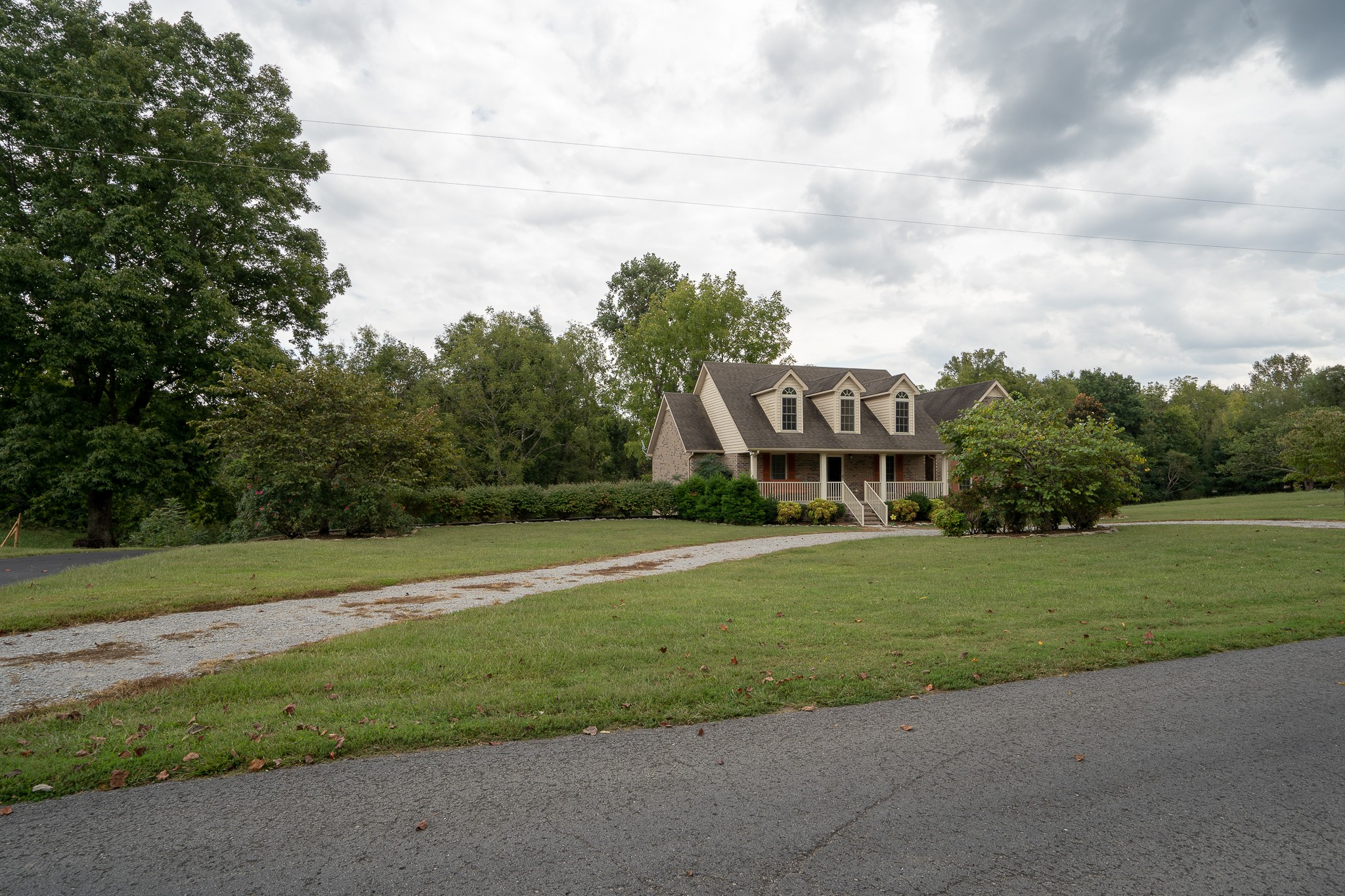 1227 Rhotons Chapel Road, Manchester, Tennessee
