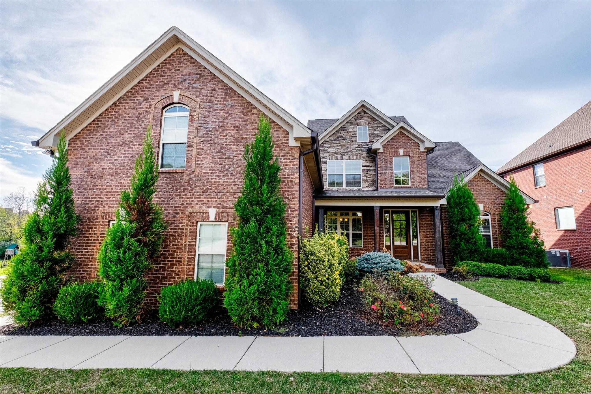 8009 Fenwick Ln, Spring Hill, Tennessee