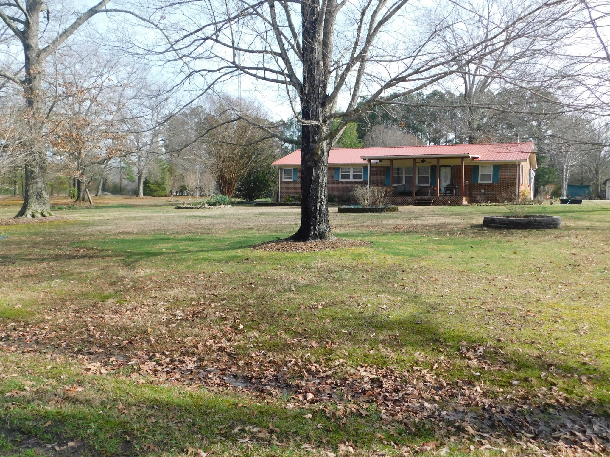 804 Hickory Dr, Manchester, Tennessee