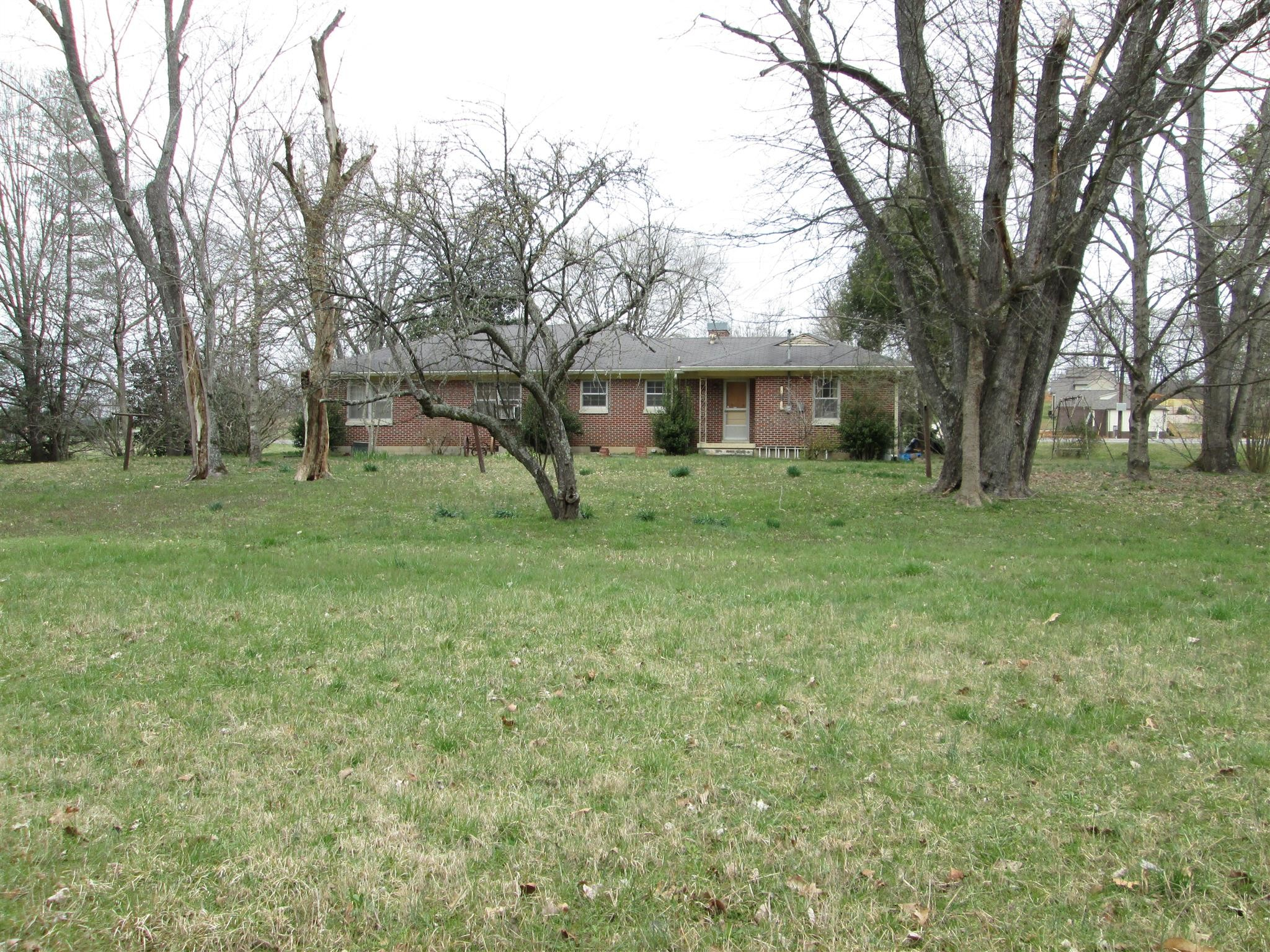 604 Bear Creek Pike, Columbia in Maury County, TN County, TN 38401 Home for Sale