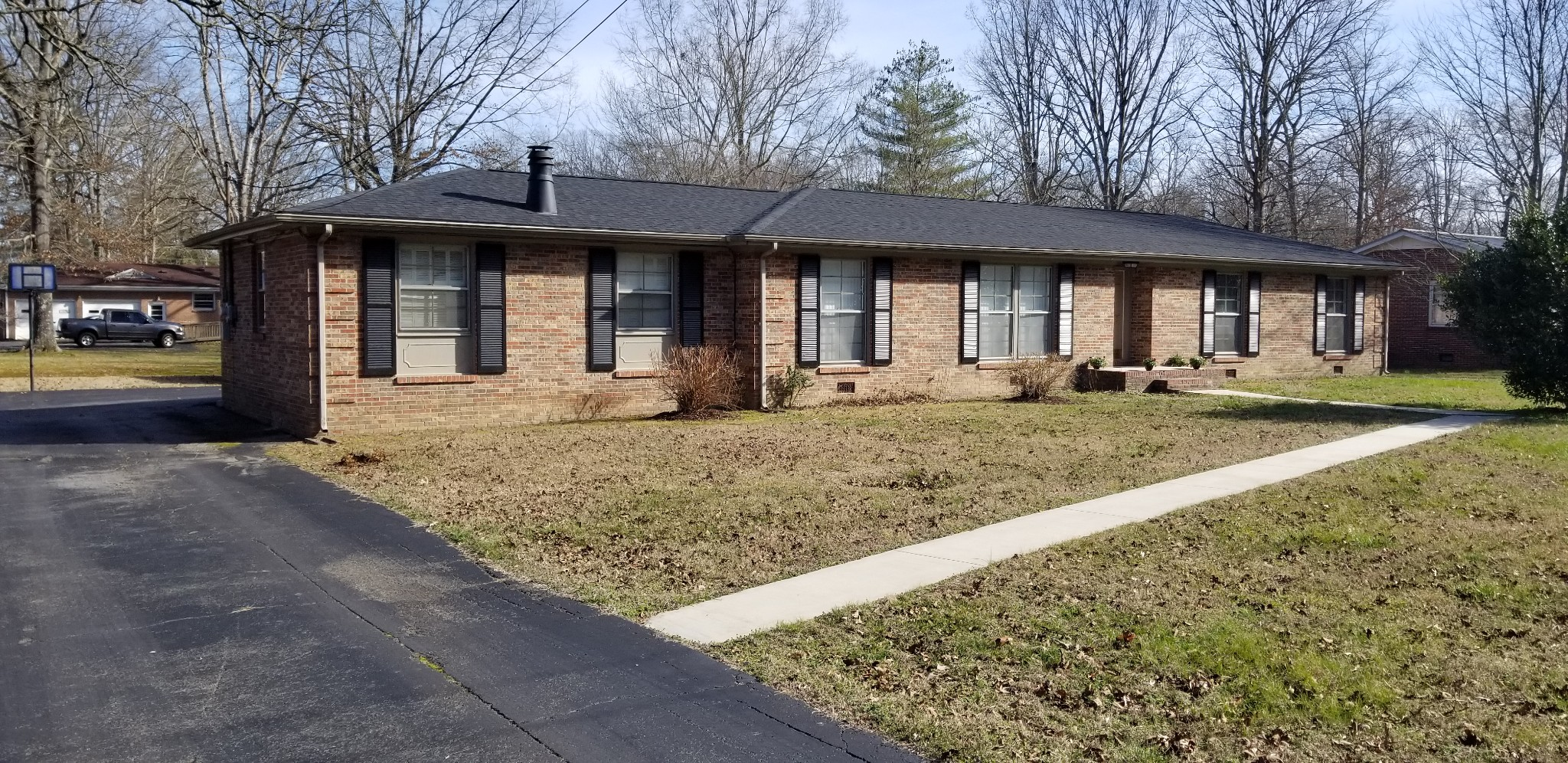 1203 Belmont Dr, Manchester, Tennessee