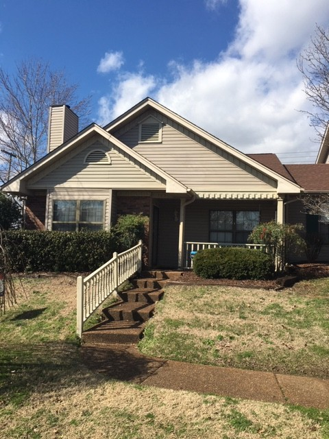 527 Upsall Dr, Nashville-Antioch in Davidson County, TN County, TN 37013 Home for Sale