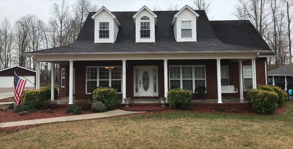 64 Robert E. Lee Dr., Manchester, Tennessee 3 Bedroom as one of Homes & Land Real Estate