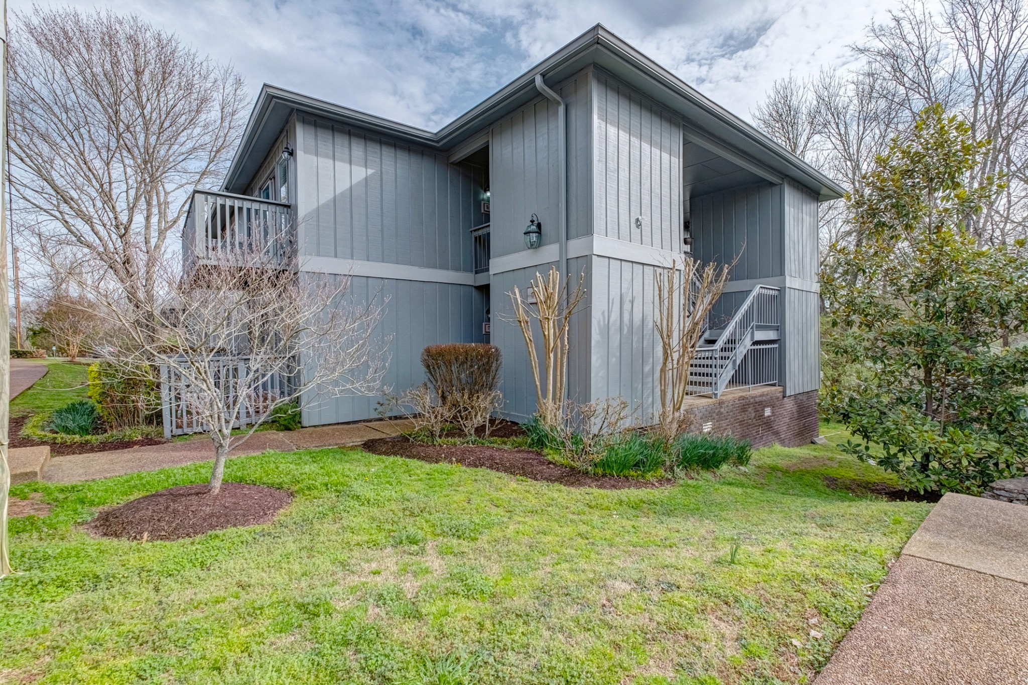 21 Vaughns Gap RD Apt. 19, Belle Meade in Davidson County, TN County, TN 37205 Home for Sale