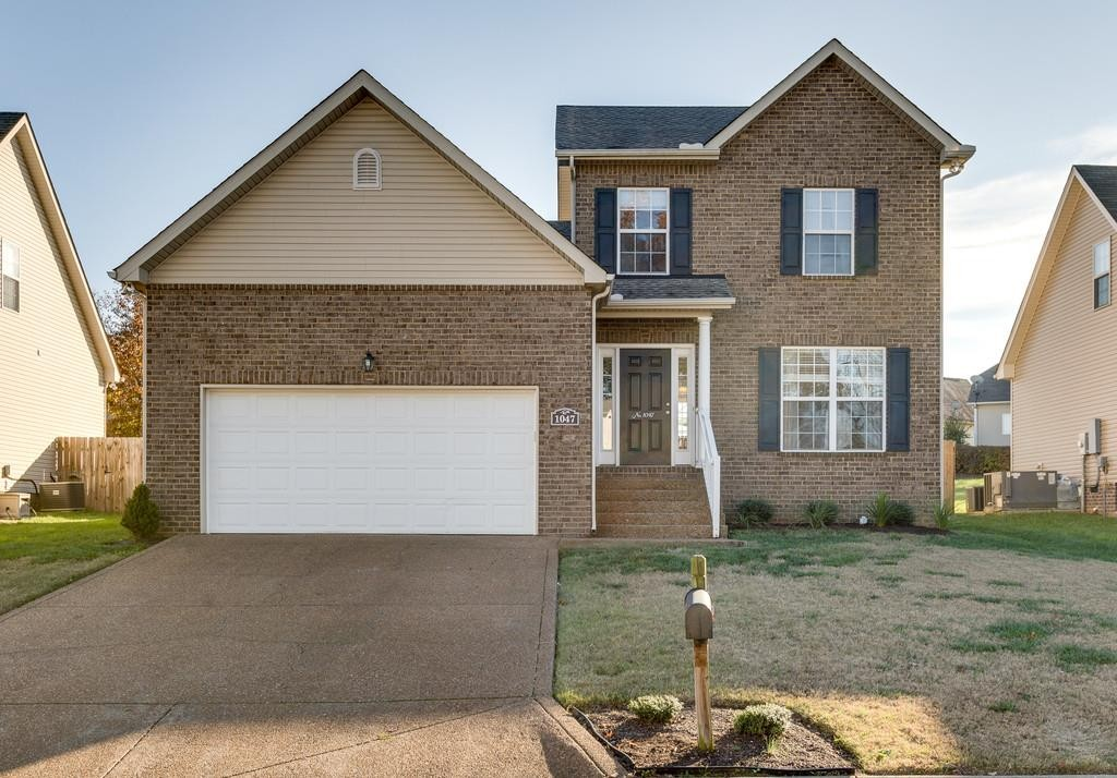 1047 Golf View Way, Spring Hill, Tennessee