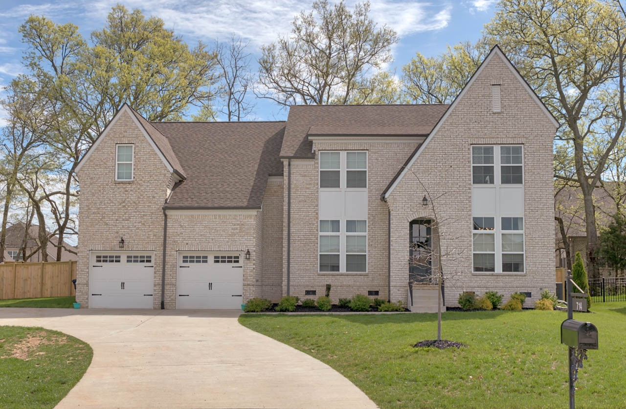 714 Rain Meadow Ct, Spring Hill, Tennessee