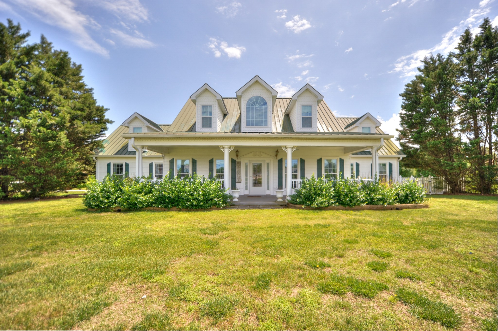26 Red Oak Dr, Manchester, Tennessee 4 Bedroom as one of Homes & Land Real Estate