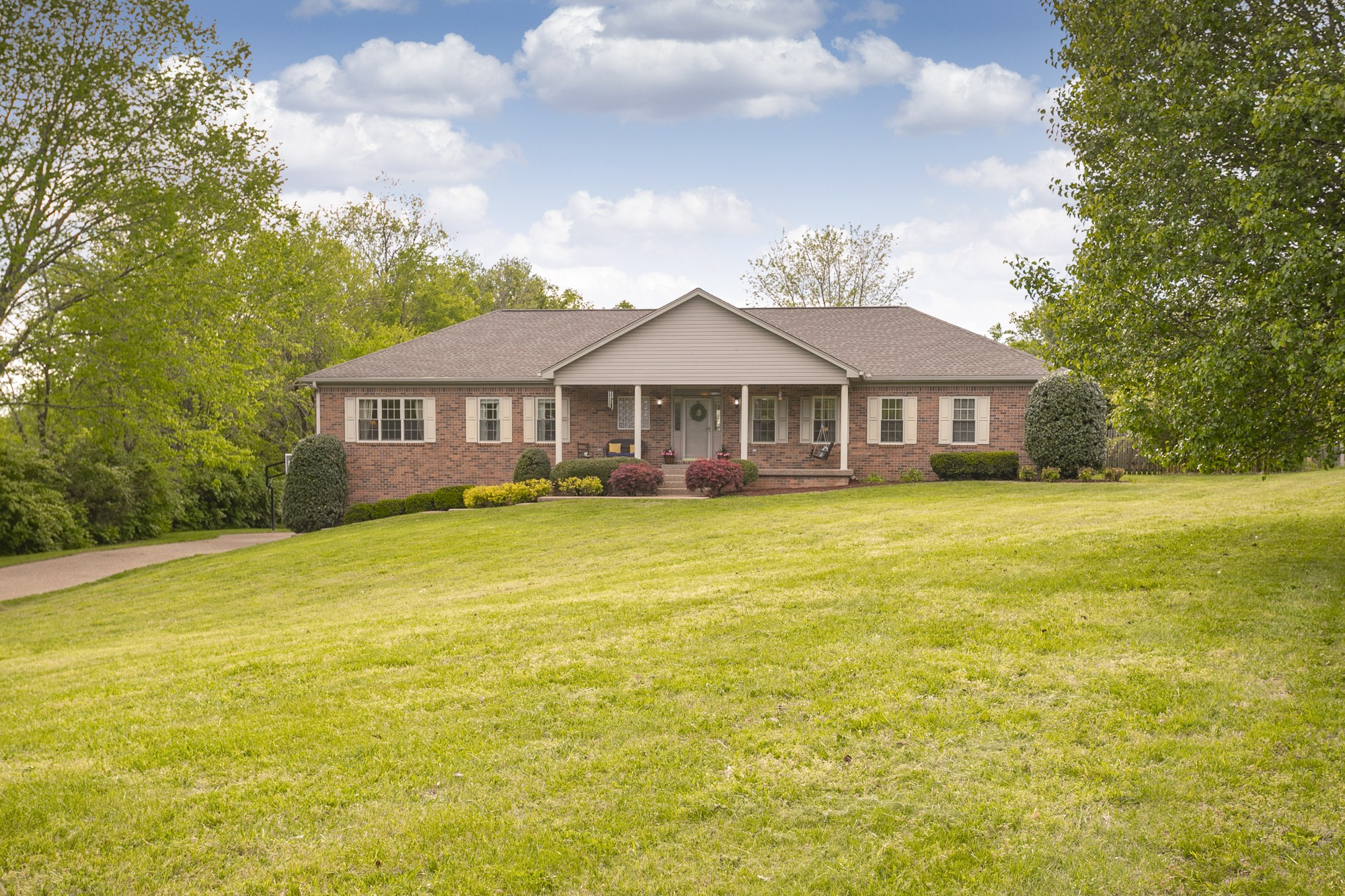 6321 Pettus Rd, one of homes for sale in Nashville-Antioch