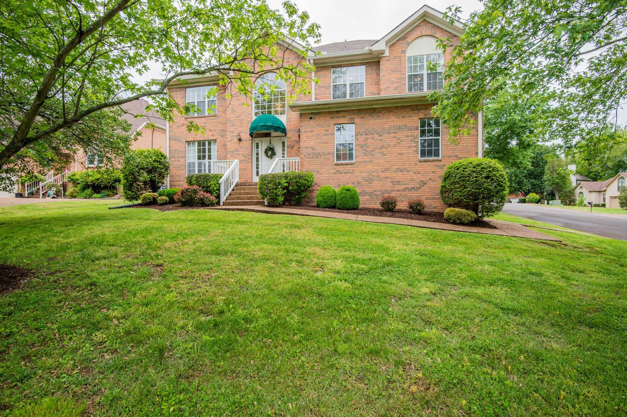 301 Harpeth View Cir, Bellevue in Davidson County, TN County, TN 37221 Home for Sale