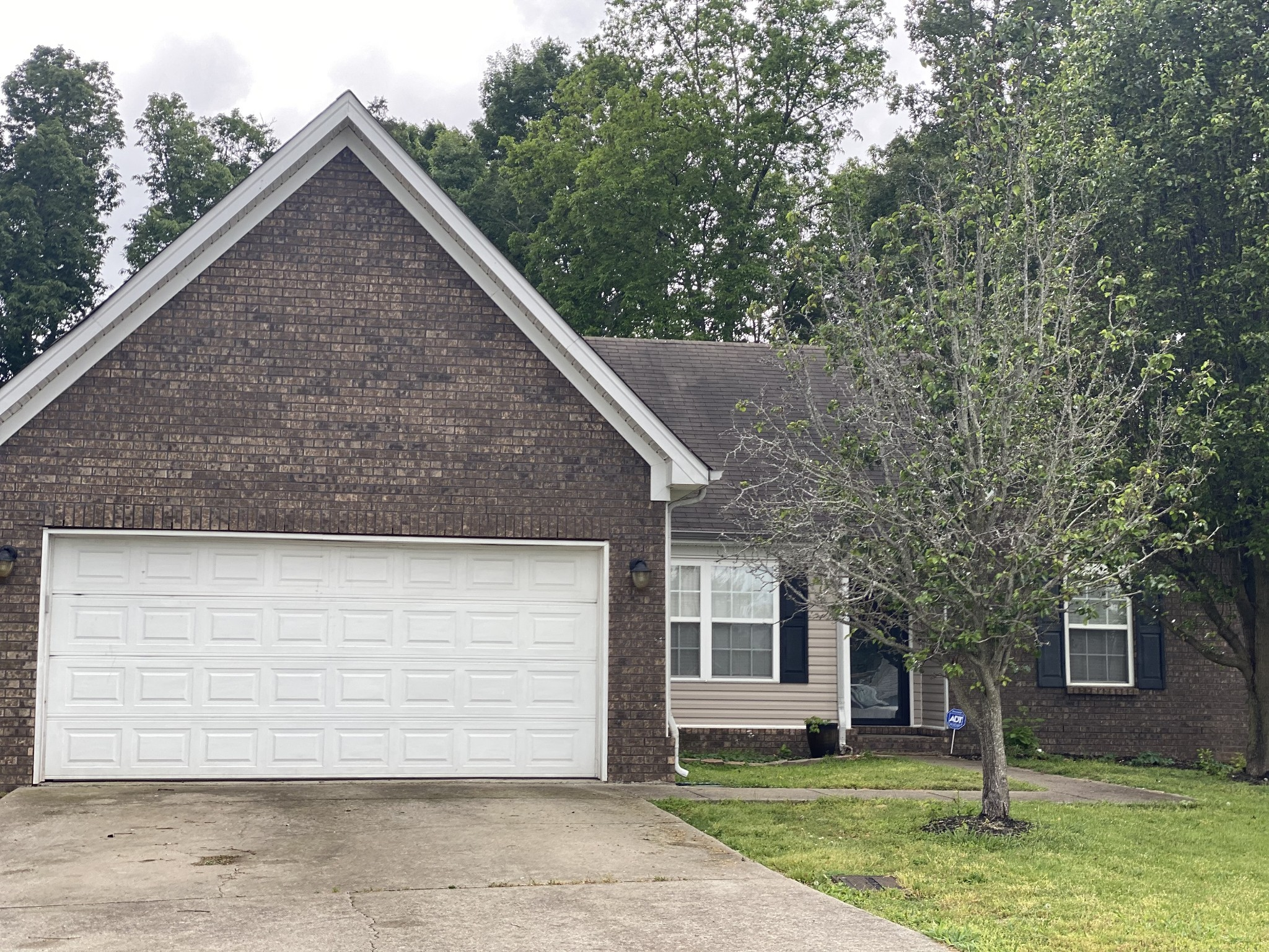 1628 London Gardens Ct, Nashville-Antioch in Davidson County, TN County, TN 37013 Home for Sale