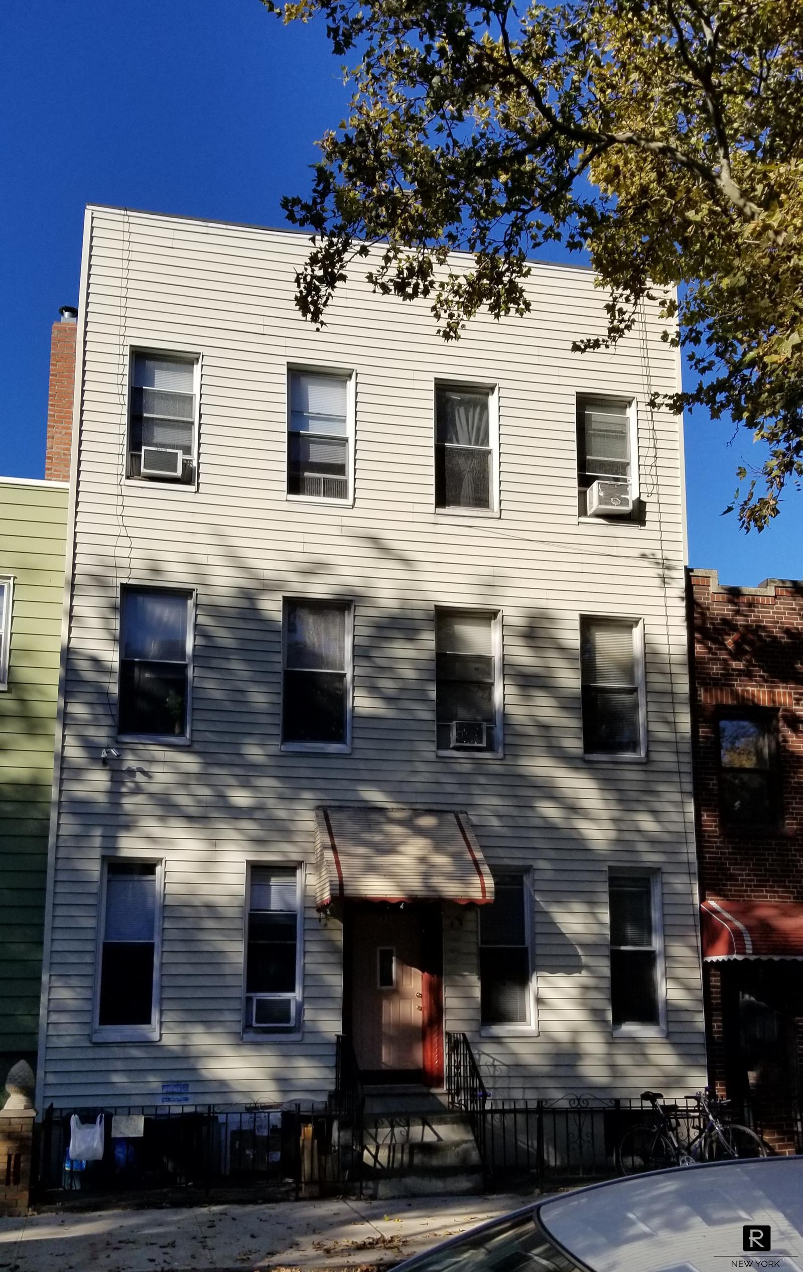 71 Powers Street Brooklyn, NY 11211