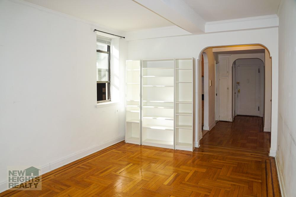 primary photo for 95 Park Terrace East AB, New York, NY 10034, US