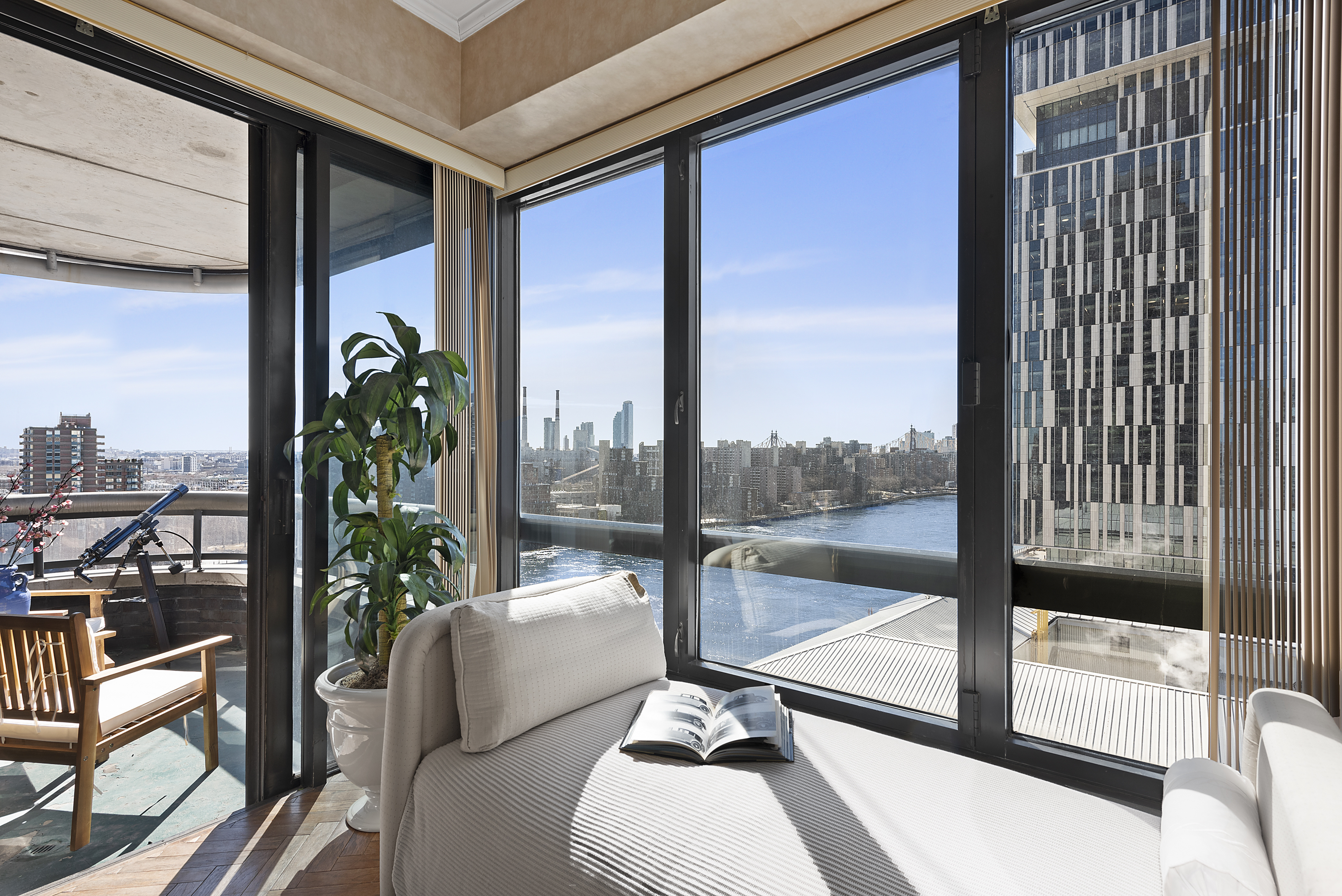 primary photo for 530 East 76th Street 17-A, New York, NY 10021, US
