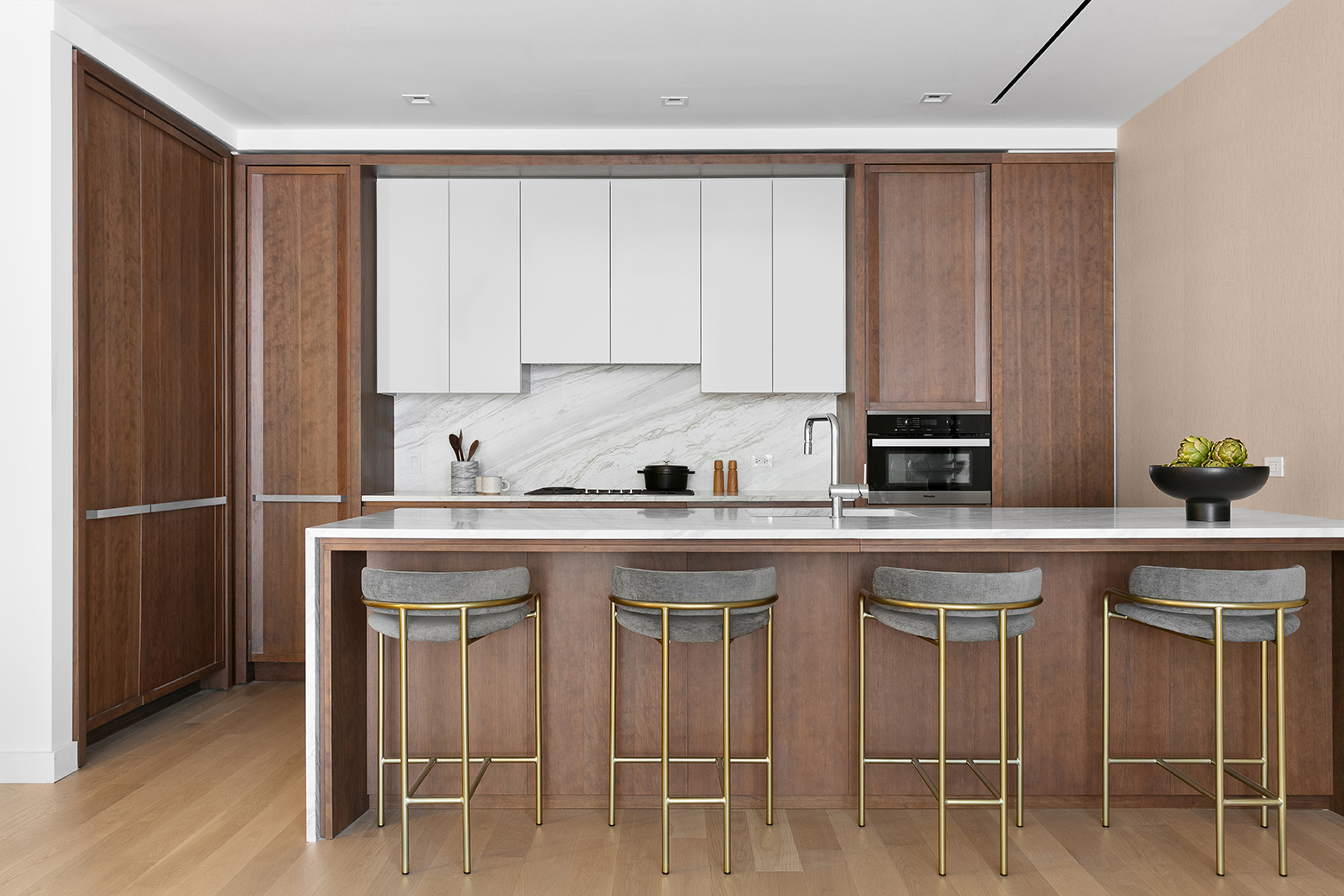 primary photo for 212 West 93rd Street 8-A, New York, NY 10025, US