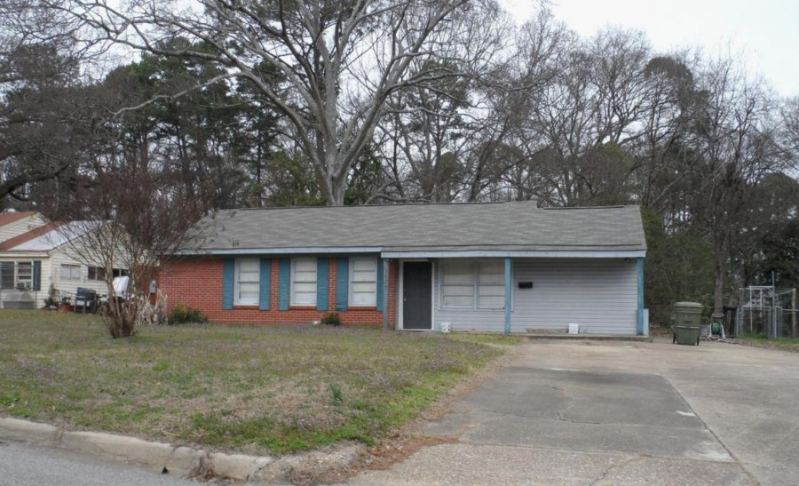 One of Montgomery 3 Bedroom Short Sale Homes for Sale